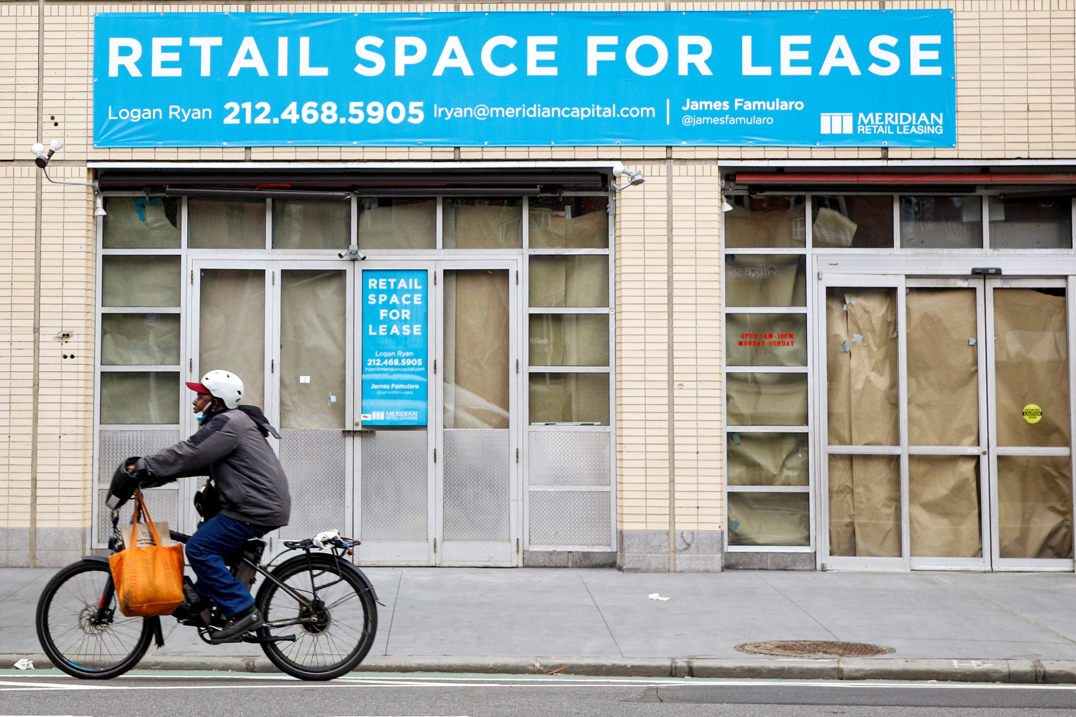 An empty retail space is seen in the Greenwich Village area of Manhattan in New York City, U.S., May 3, 2021.  REUTERS/Brendan McDermid