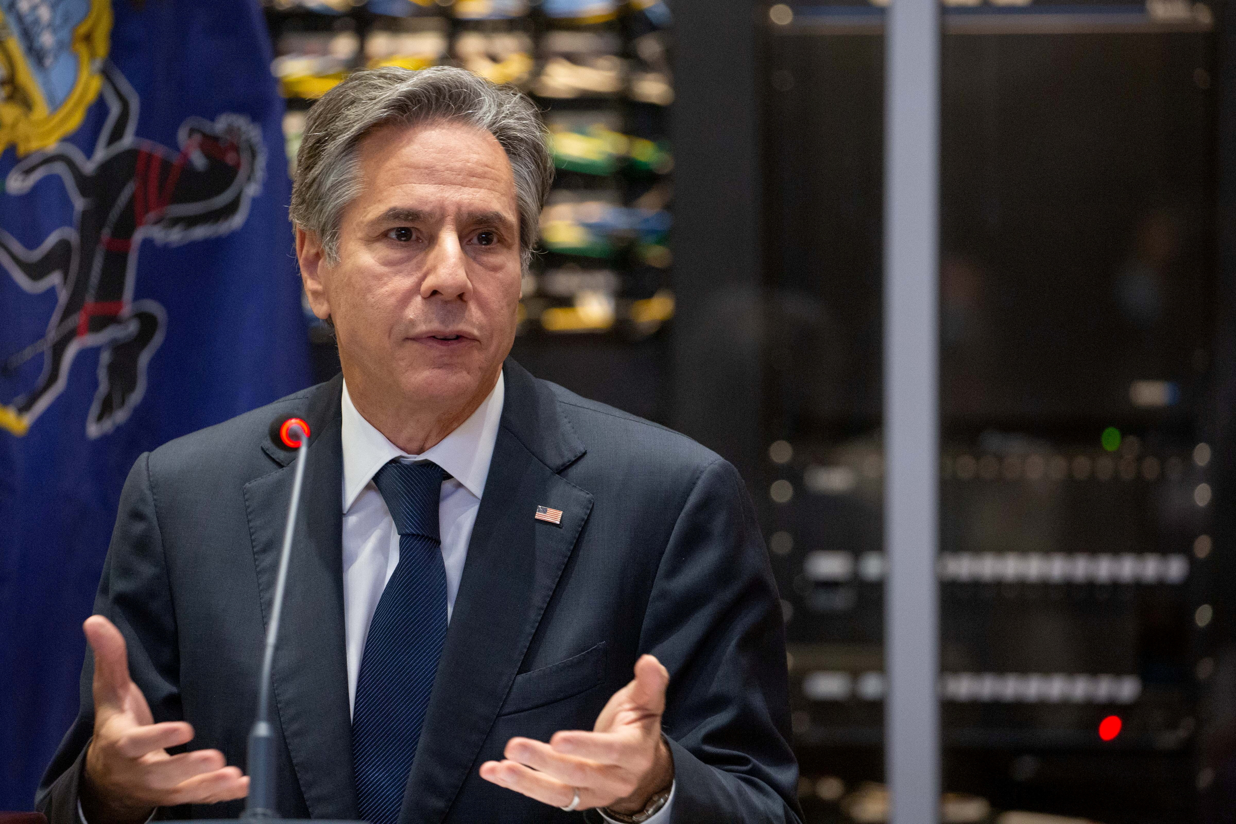 U.S. Secretary of State Antony Blinken gives opening remarks as he meets with local labor leaders at the IBEW Local #5 in Pittsburgh, Pennsylvania, U.S. September 30, 2021, Rebecca Droke/Pool via REUTERS/File Photo