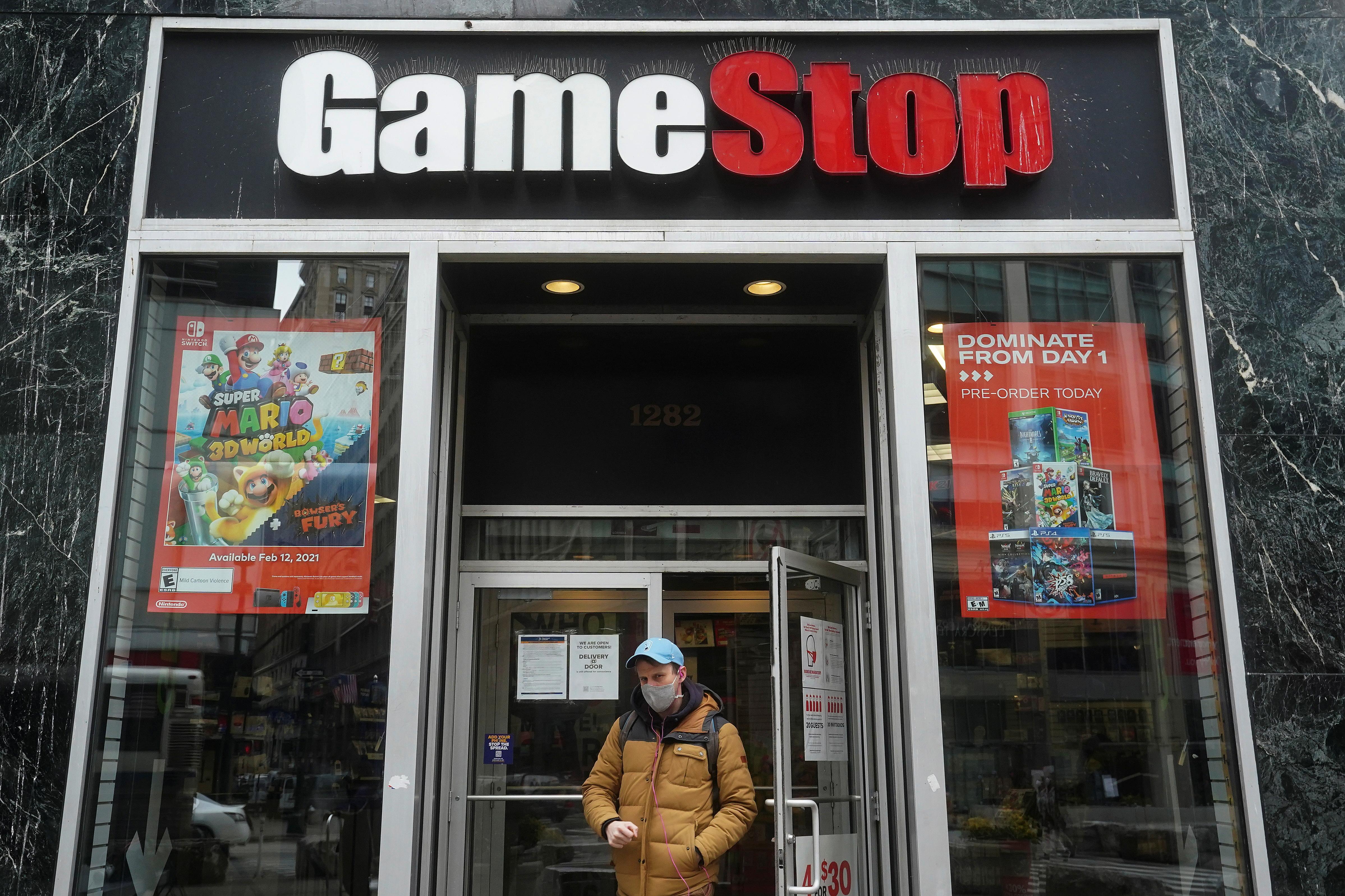 A GameStop is pictured amid the coronavirus disease (COVID-19) pandemic in the Manhattan borough of New York City, New York, U.S., January 27, 2021. REUTERS/Carlo Allegri