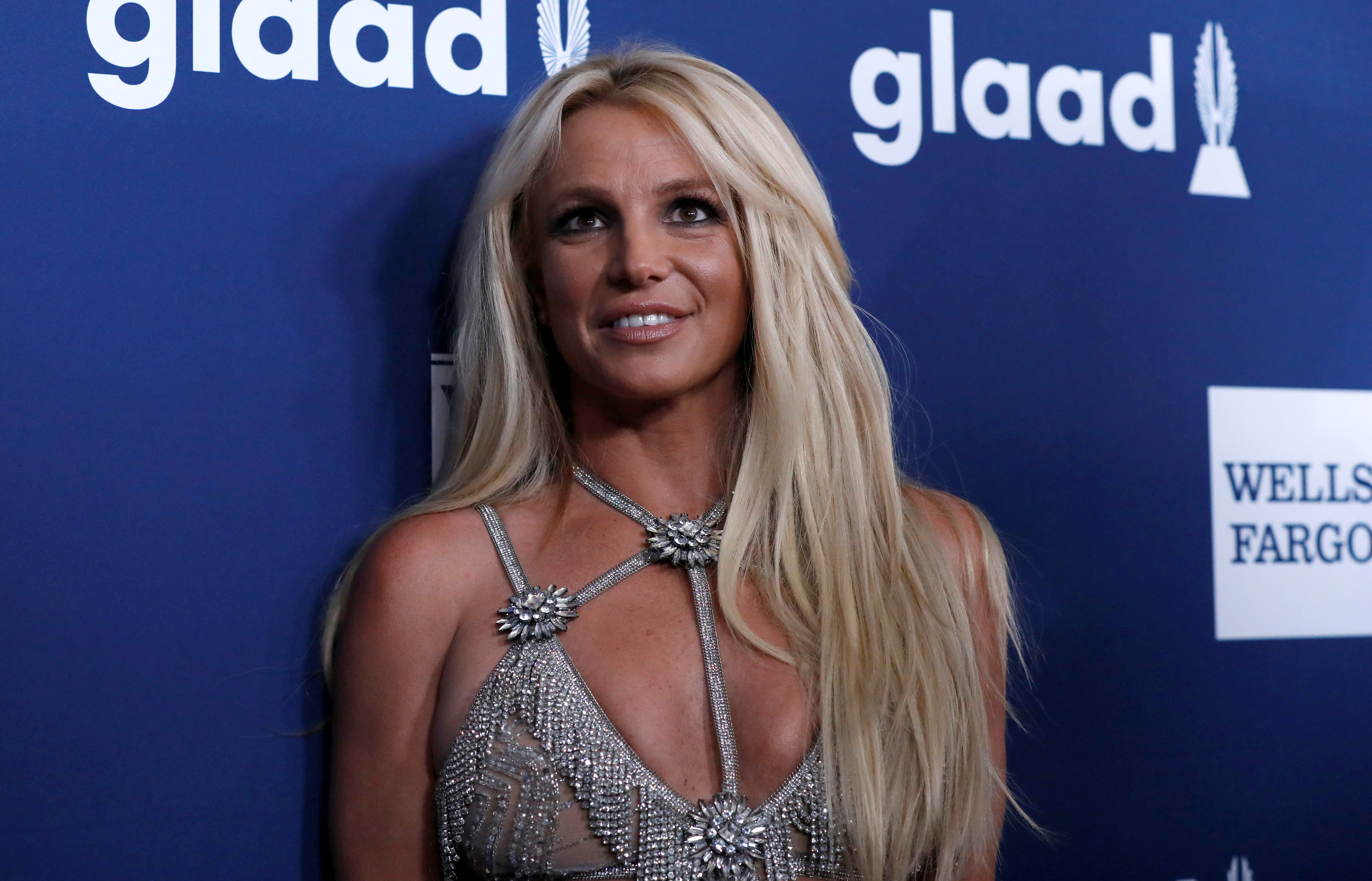 Singer Britney Spears poses at the 29th Annual GLAAD Media Awards in Beverly Hills, California, U.S., April12, 2018. REUTERS/Mario Anzuoni/File Photo