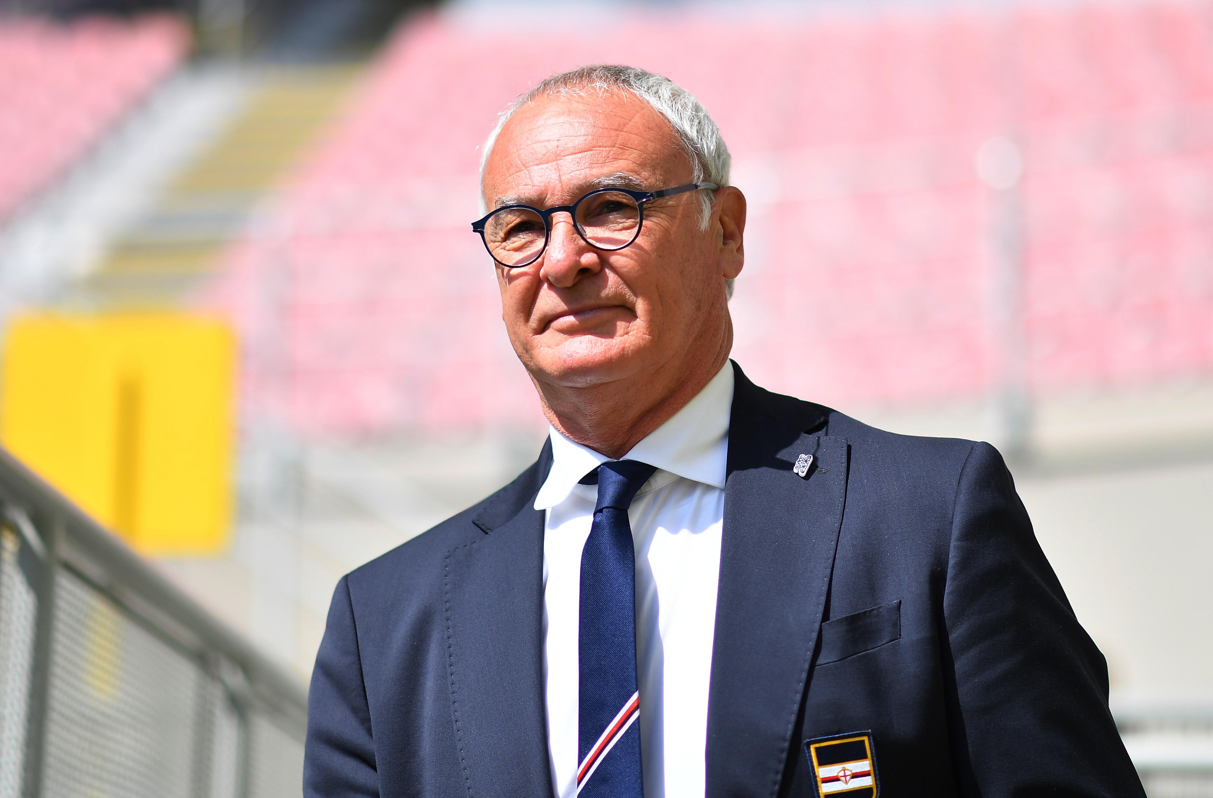 FILE PHOTO-Soccer Football - Serie A - AC Milan v Sampdoria - San Siro, Milan, Italy - April 3, 2021 Sampdoria coach Claudio Ranieri before the match REUTERS/Daniele Mascolo