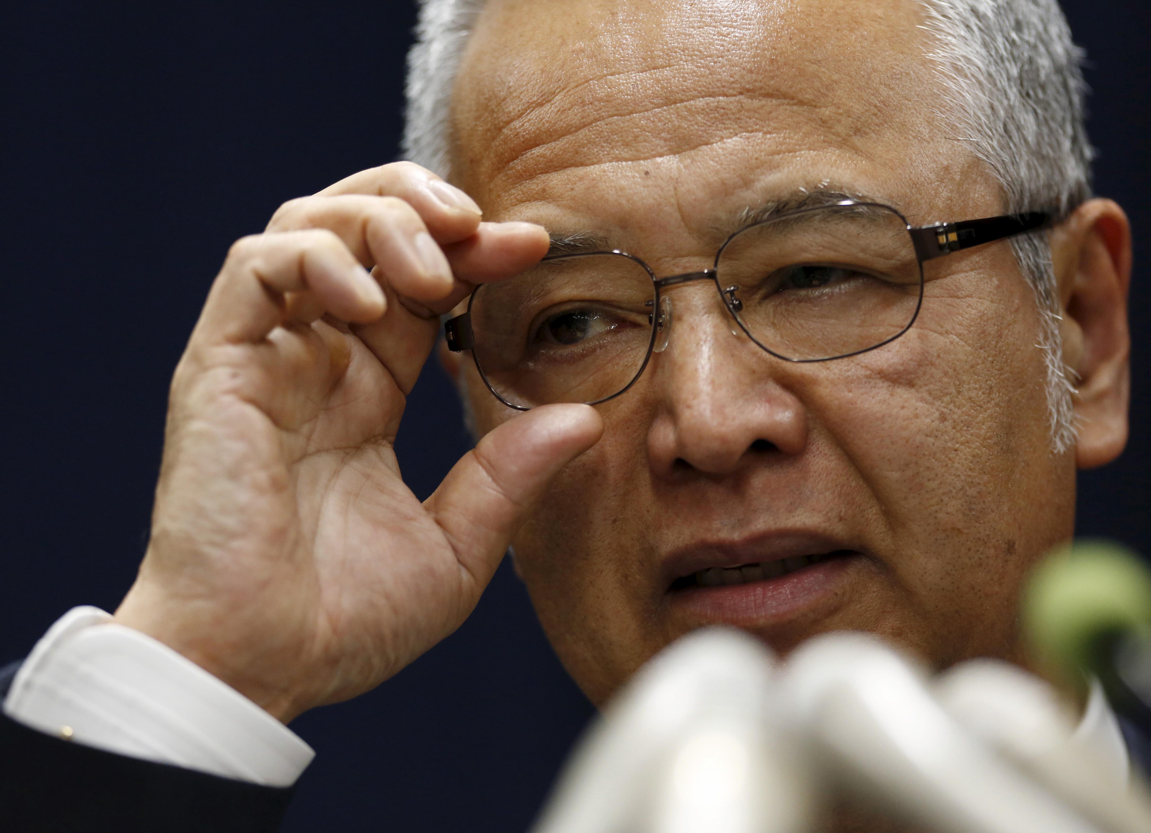 Japan's Economics Minister Akira Amari speaks during a news conference in Tokyo, Japan, January 28, 2016. REUTERS/Yuya Shino