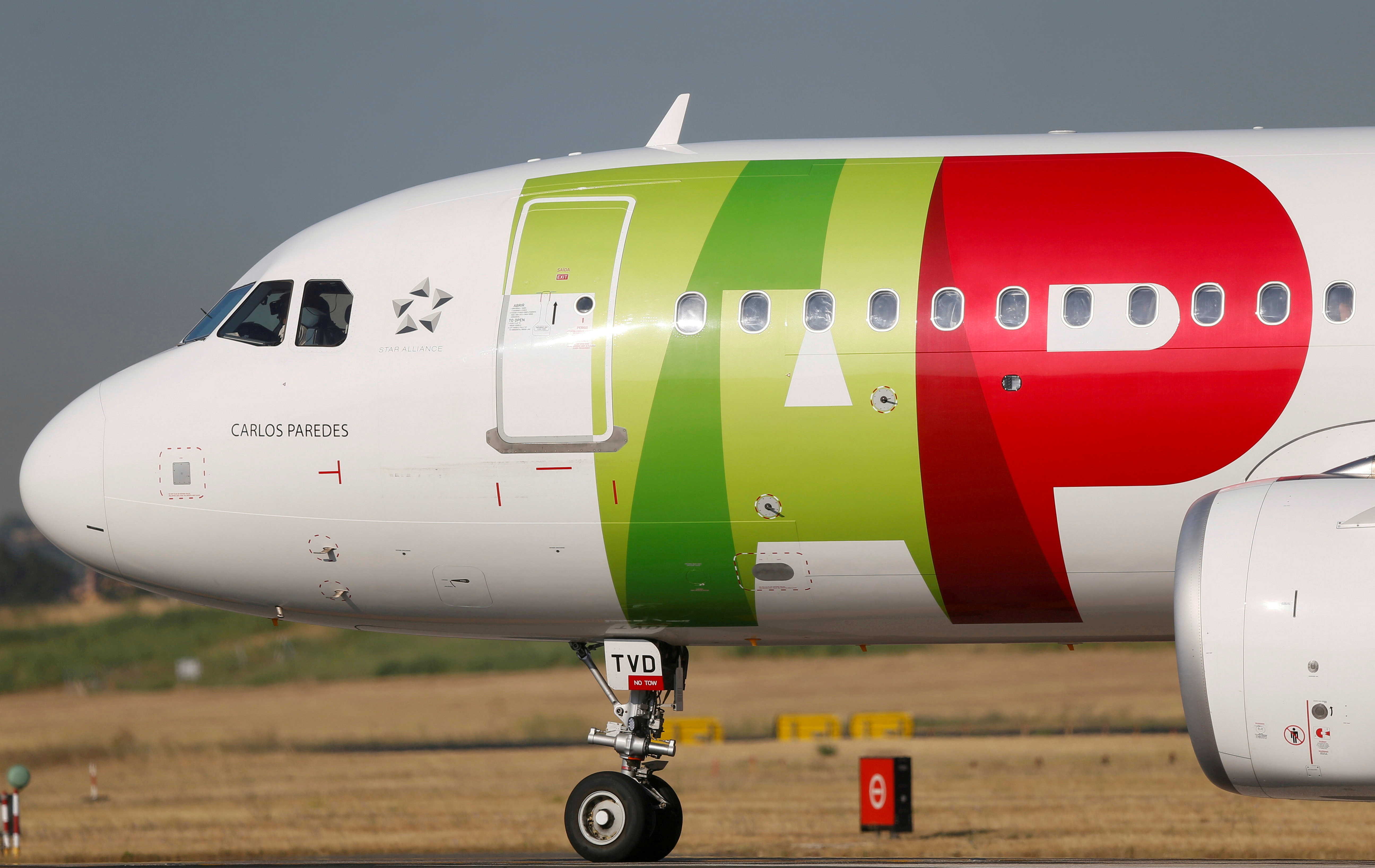 A TAP Air Portugal plane taxis at Lisbon's airport during the coronavirus disease (COVID-19) outbreak, in Lisbon, Portugal July 17, 2020.  REUTERS/Rafael Marchante/File Photo/File Photo