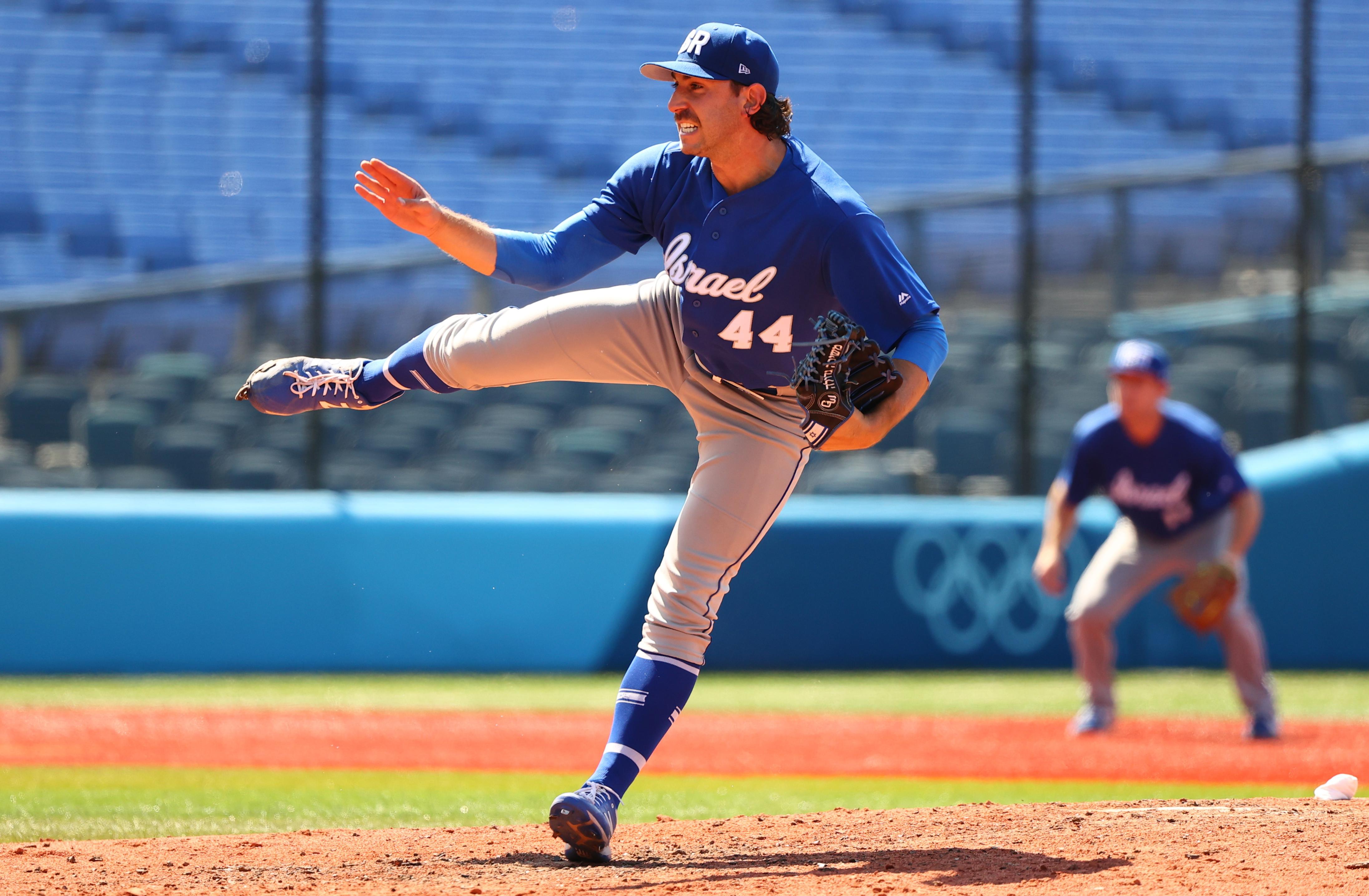 Tokyo 2020 Olympics - Baseball - Men - Knockout Round 1 - Israel v Mexico - Yokohama Baseball Stadium, Yokohama, Japan - August 1, 2021. Zack Weiss of Israel in action. REUTERS/Jorge Silva