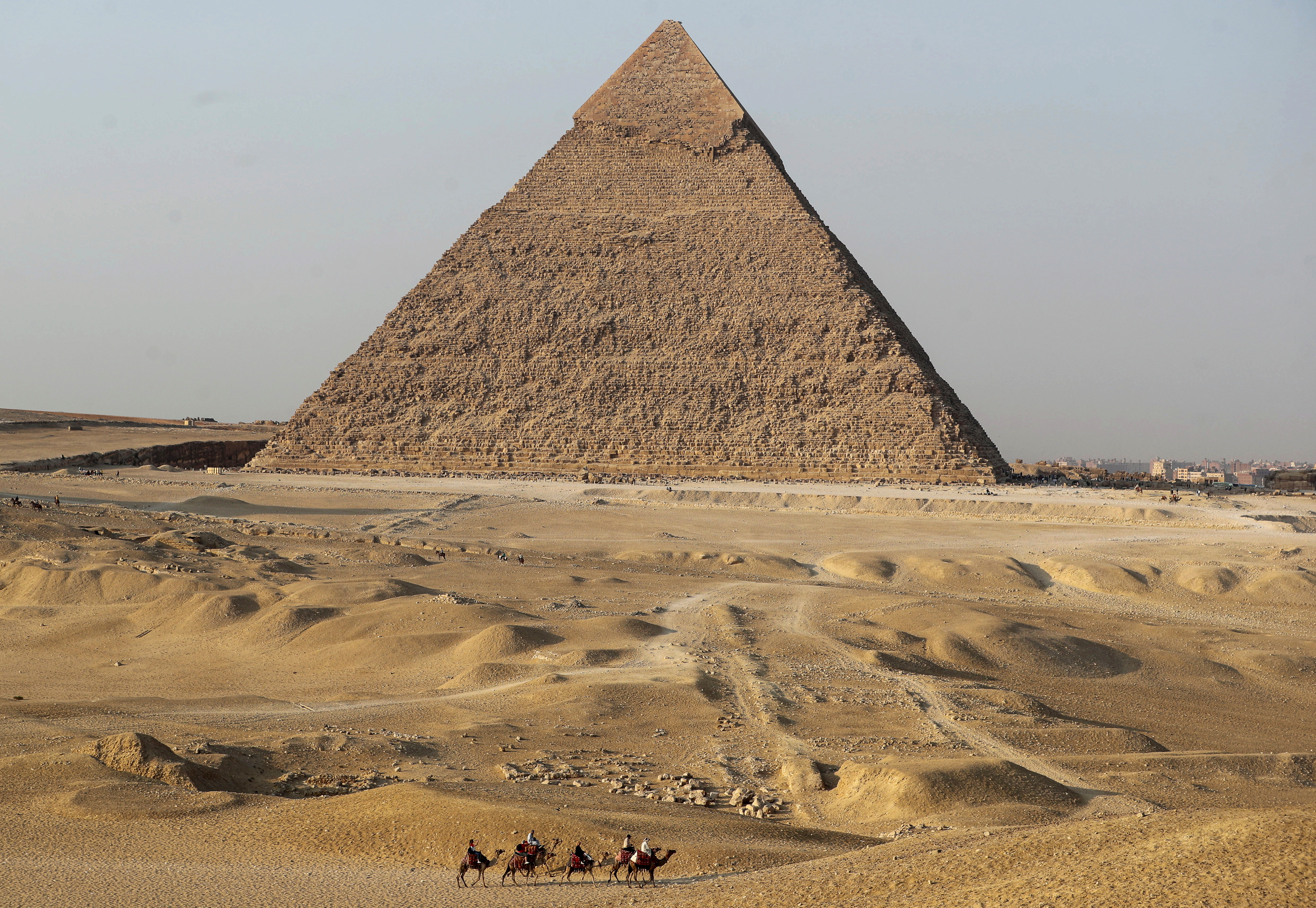 Egypt's hotels back to full capacity, tourism official says