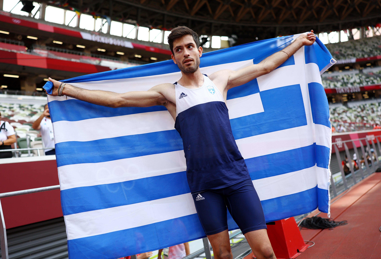 Tokyo 2020 Olympics - Athletics - Men's Long Jump - Final - Olympic Stadium, Tokyo, Japan - August 2, 2021. Miltiadis Tentoglou of Greece celebrates winning gold REUTERS/Kai Pfaffenbach