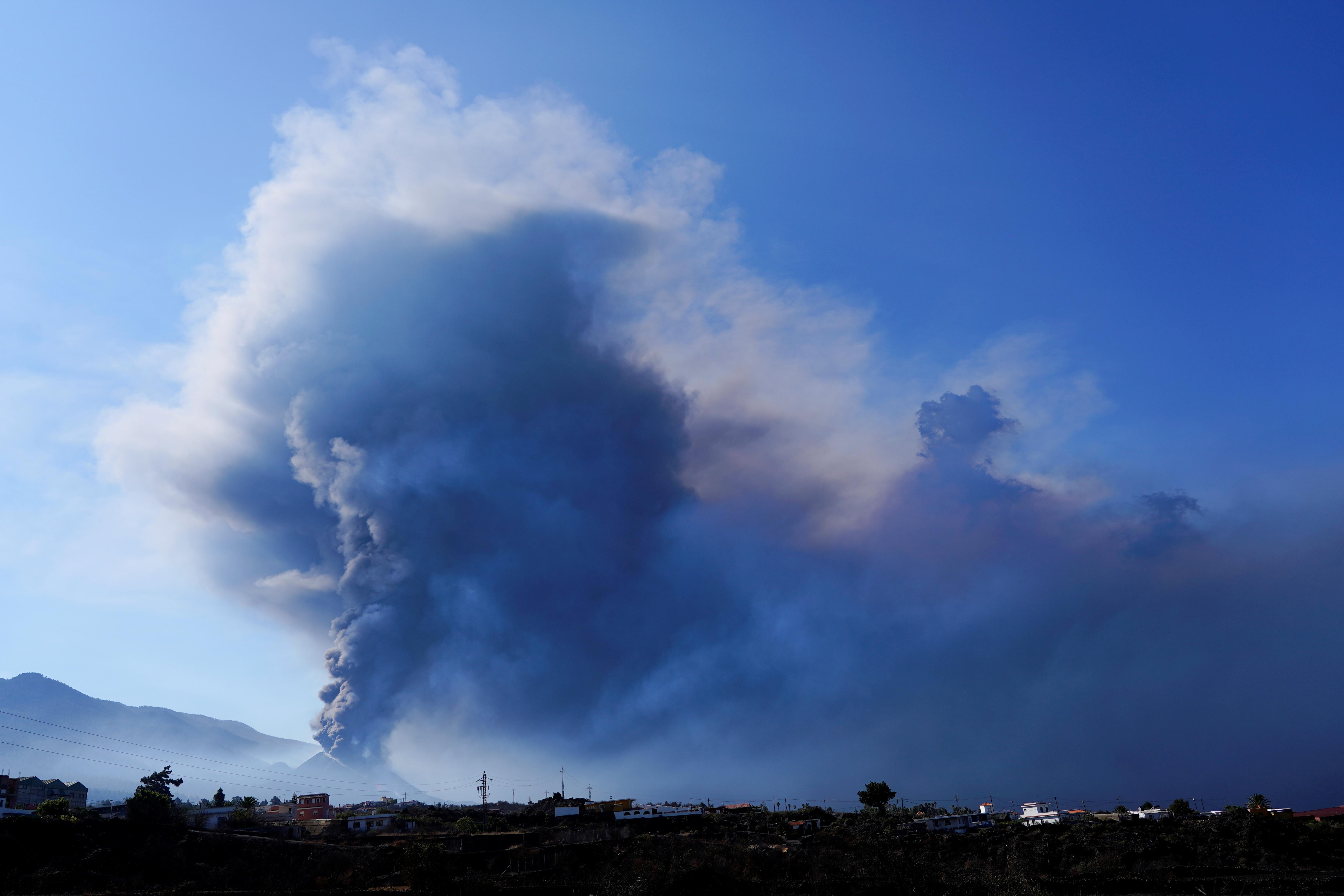 The Cumbre Vieja volcano continues to erupt on the Canary Island of La Palma, as seen from El Paso, Spain, October 9, 2021. REUTERS/Juan Medina