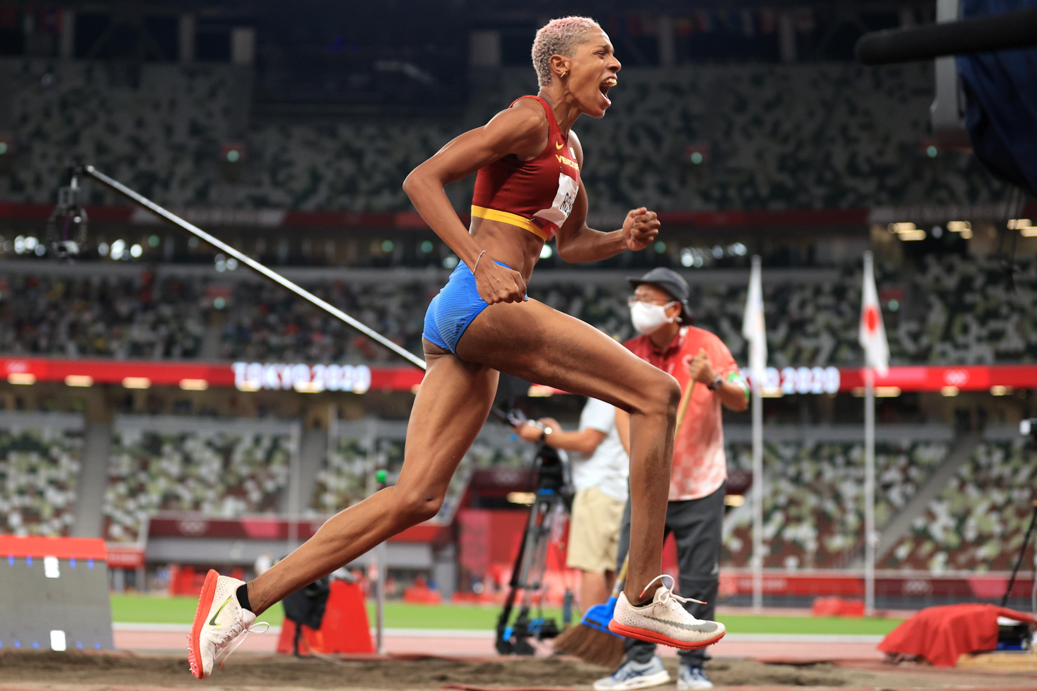 Tokyo 2020 Olympics - Athletics - Women's Triple Jump - Final - OLS - Olympic Stadium, Tokyo, Japan – August 1, 2021. Yulimar Rojas of Venezuela celebrates after winning the gold medal REUTERS/Hannah Mckay