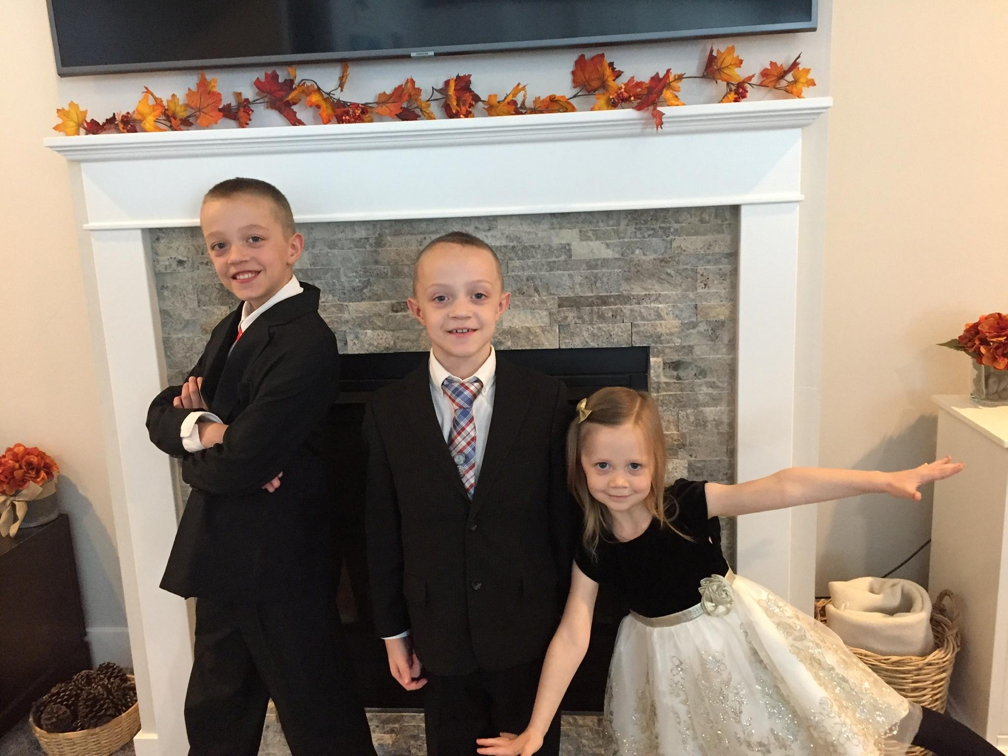 The Sweeten children, Kaden, Jackson and Emily, are seen at their home in Layton, Utah, U.S., November 8, 2020. Picture taken November 8, 2020.  Tristen Sweeten/Handout via REUTERS