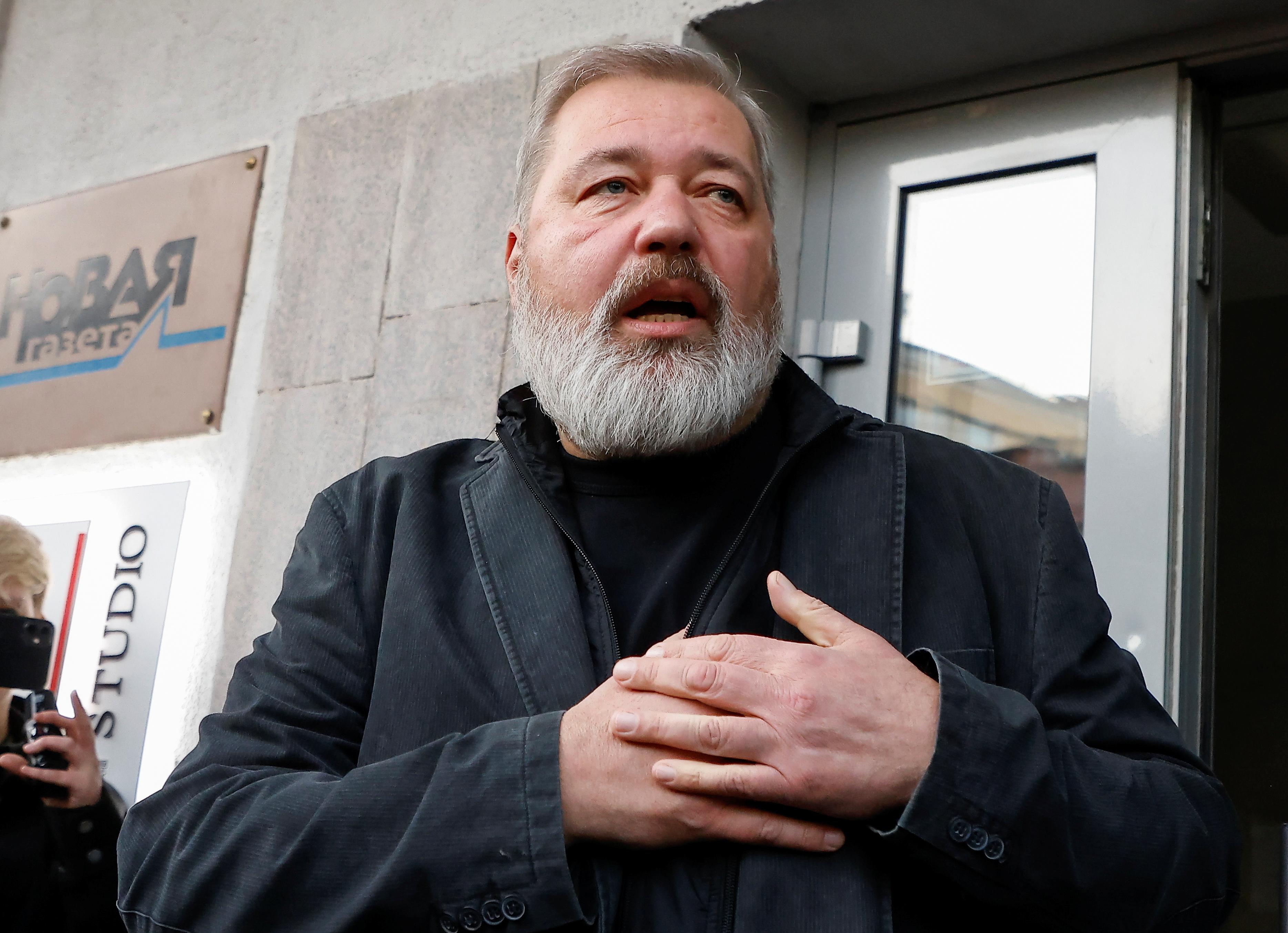 Russian investigative newspaper Novaya Gazeta's editor-in-chief Dmitry Muratov reacts as he meets journalists in Moscow, Russia October 8, 2021.  REUTERS/Maxim Shemetov