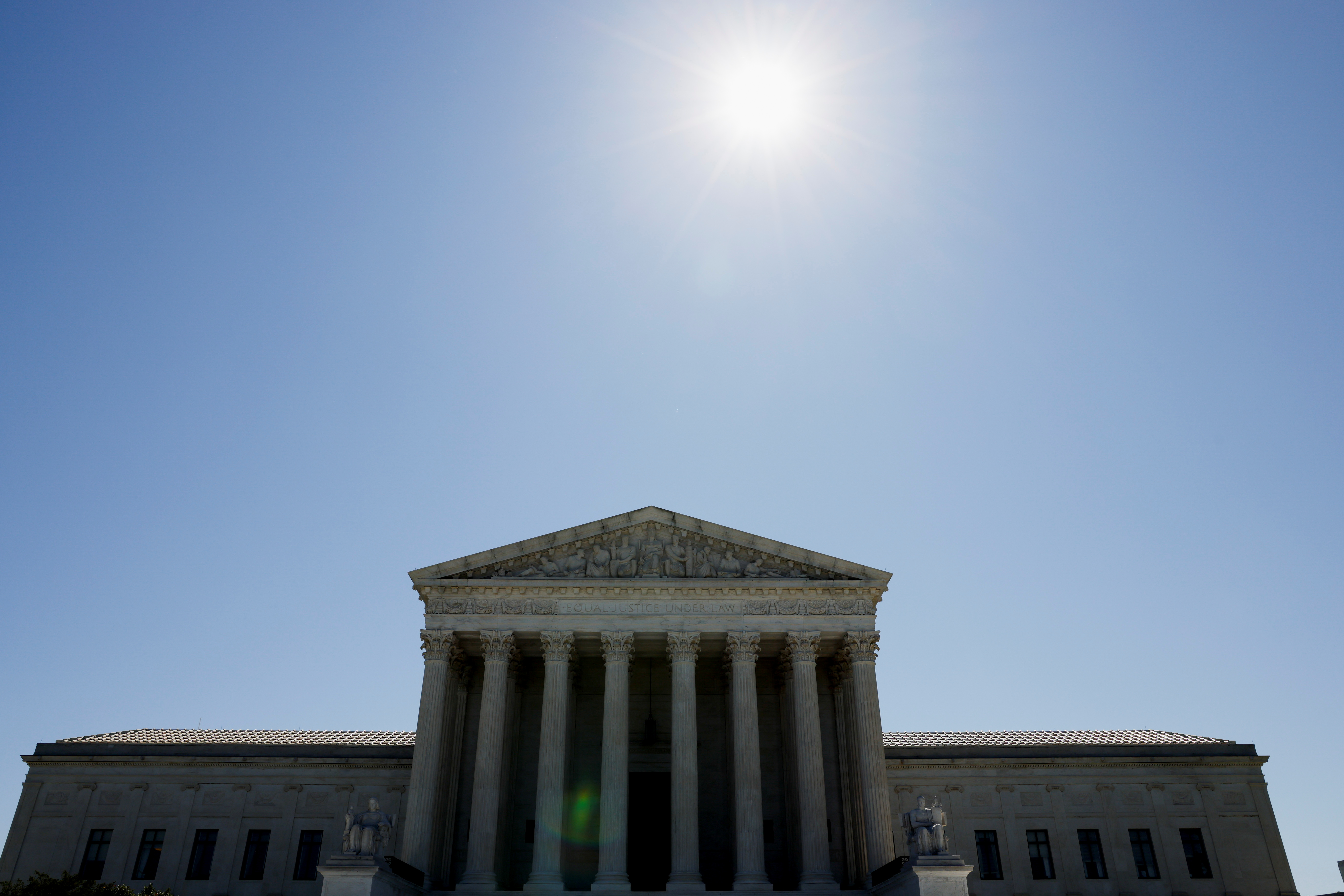 The U.S. Supreme Court building is seen on the day justices rejected a Republican bid that had been backed by former President Donald Trump's administration to invalidate the Obamacare healthcare law in Washington, U.S., June 17, 2021. REUTERS/Jonathan Ernst