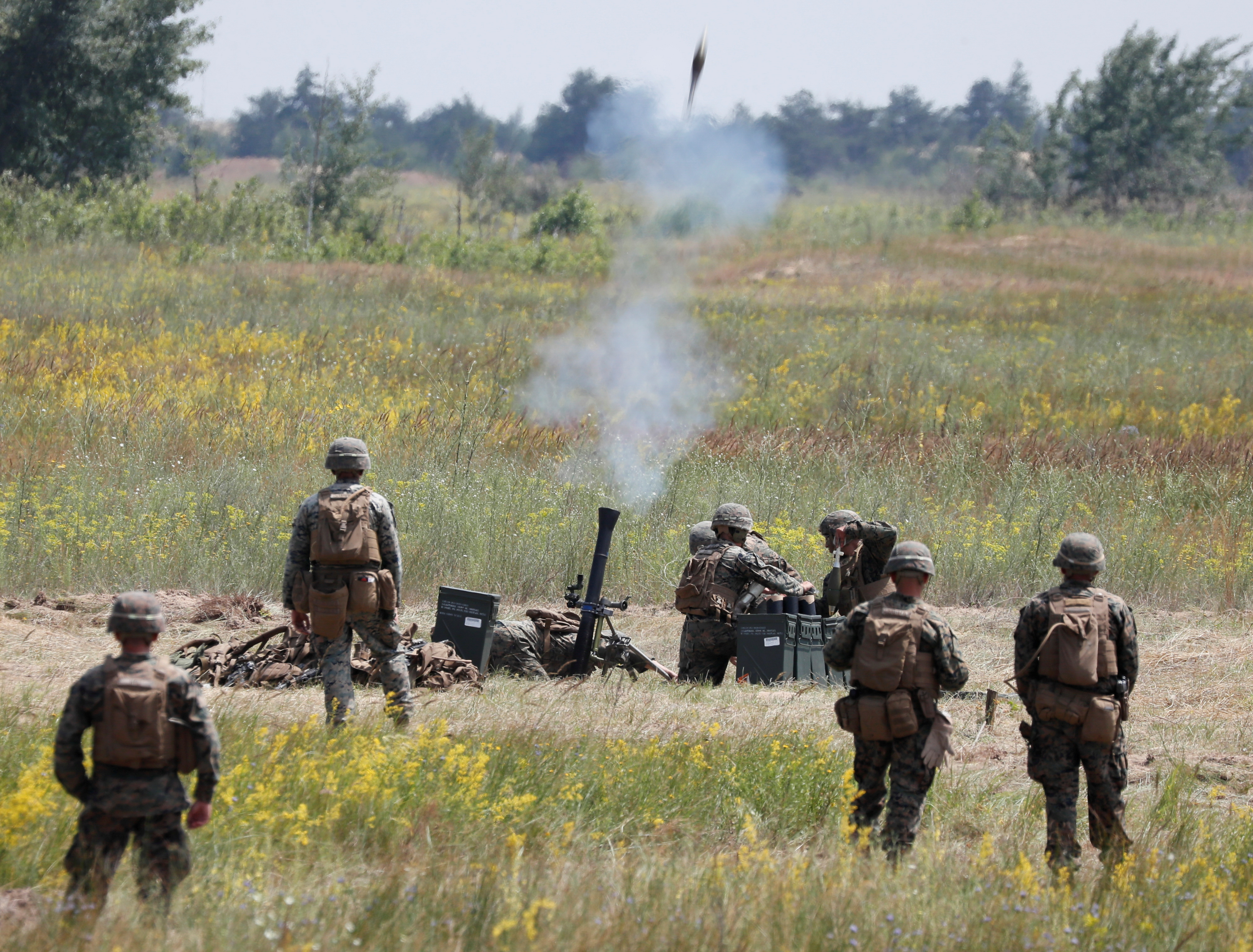 U.S. marines take part in a military exercises near Kherson, as Ukraine and the United States stage land military exercises involving more than 30 countries as part of multinational Sea Breeze 2021 drills, in southern Ukraine, July 2, 2021.  REUTERS/Gleb Garanich/File Photo