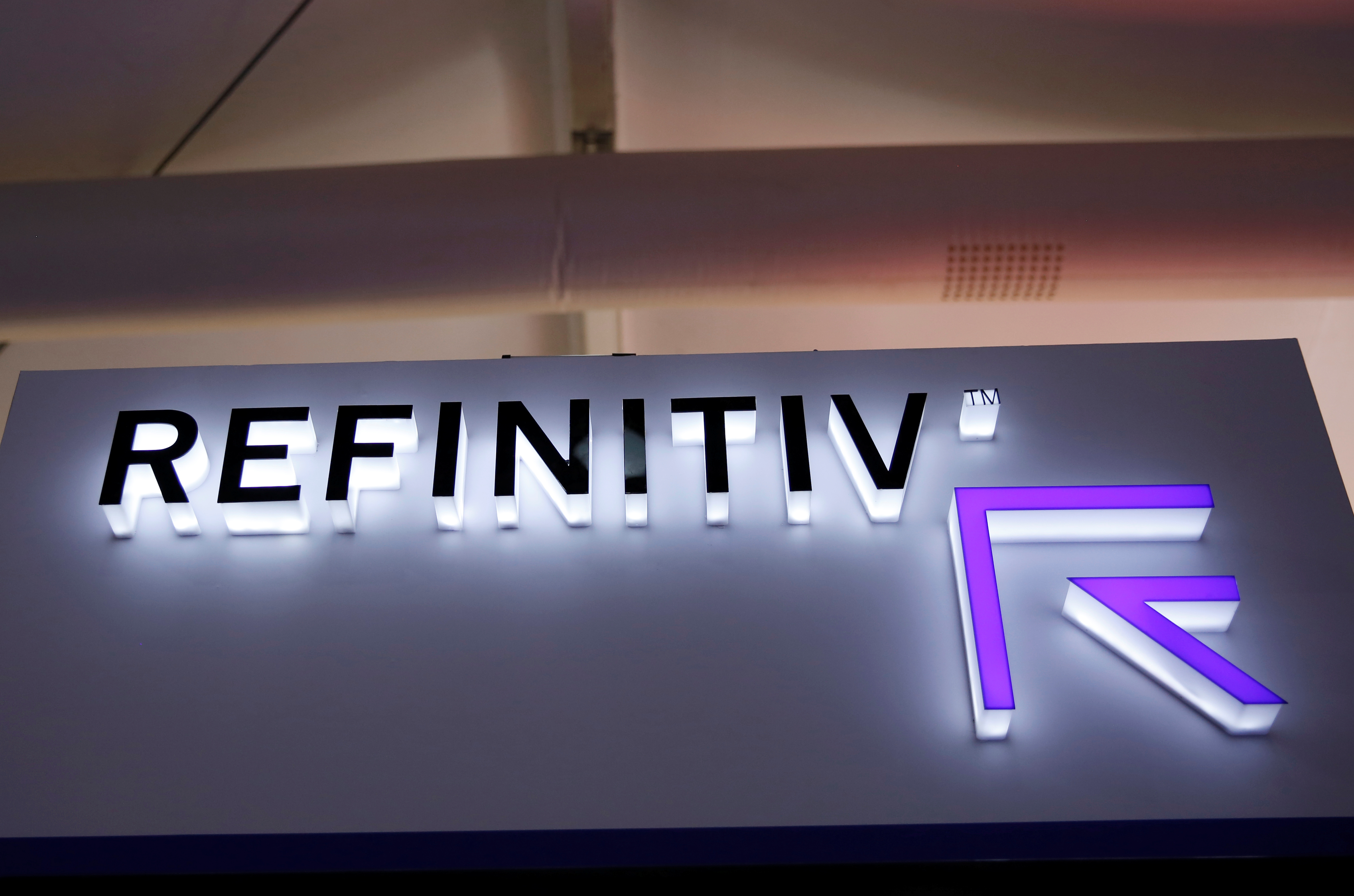 The logo of Refinitiv is seen at its booth at the 2020 China International Fair for Trade in Services (CIFTIS) in Beijing, China September 5, 2020. REUTERS/Tingshu Wang/Files