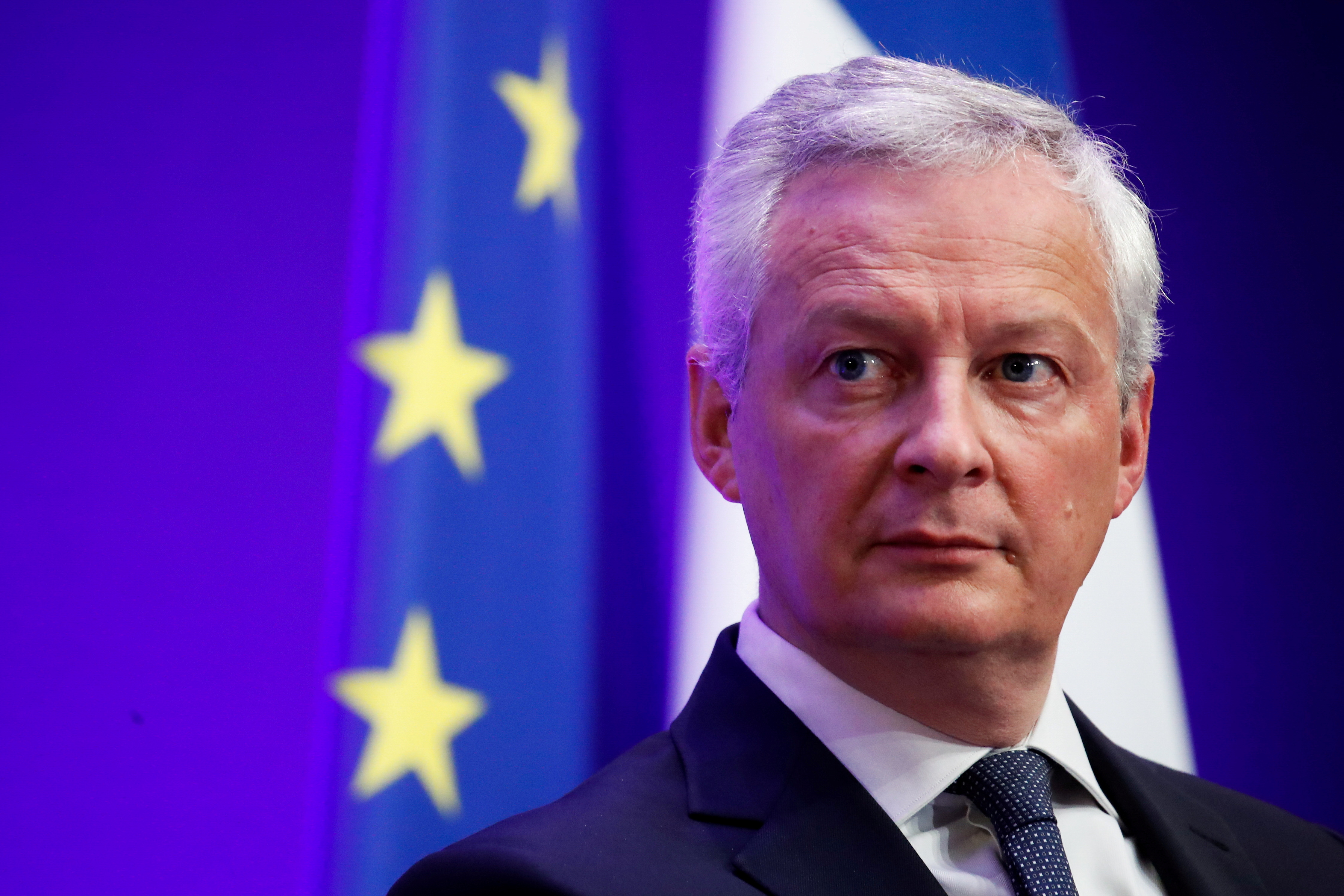French Economy and Finance Minister Bruno Le Maire attends a news conference to present French government 2022 budget at the Bercy Finance Ministry in Paris, France, September 22, 2021. REUTERS/Gonzalo Fuentes