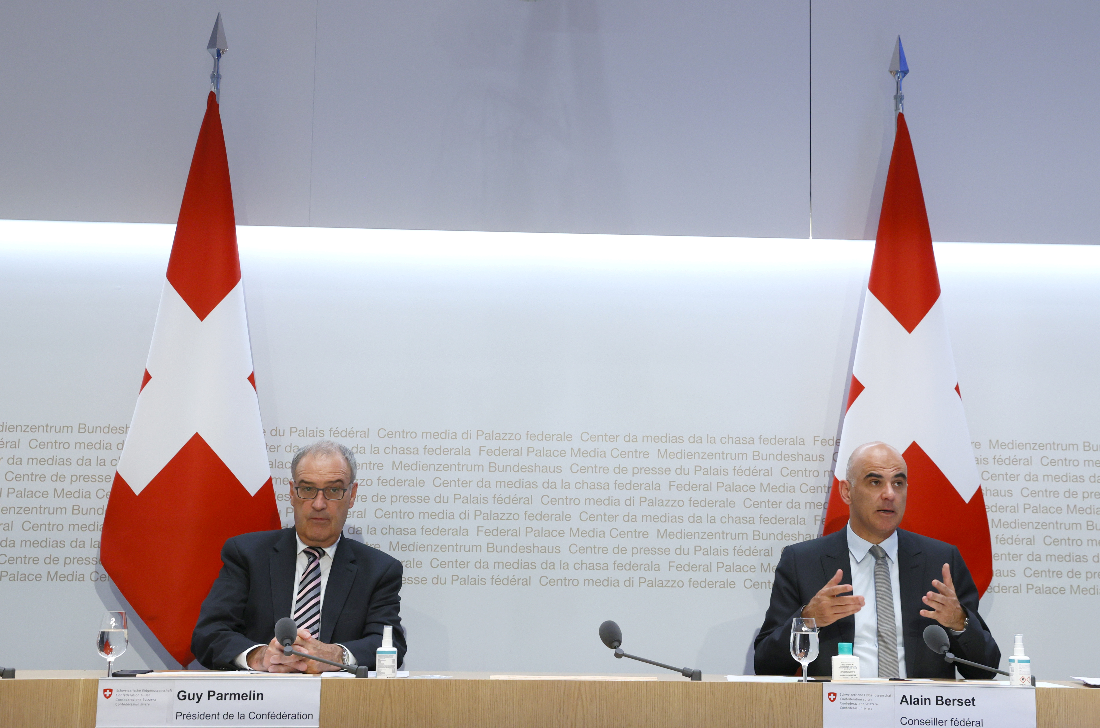 Swiss Interior and Health Minister Alain Berset (R) and Guy Parmelin President of the Swiss Confederation attend a news conference on the outbreak of the coronavirus disease (COVID-19) in Bern, Switzerland, September 8, 2021. REUTERS/Denis Balibouse
