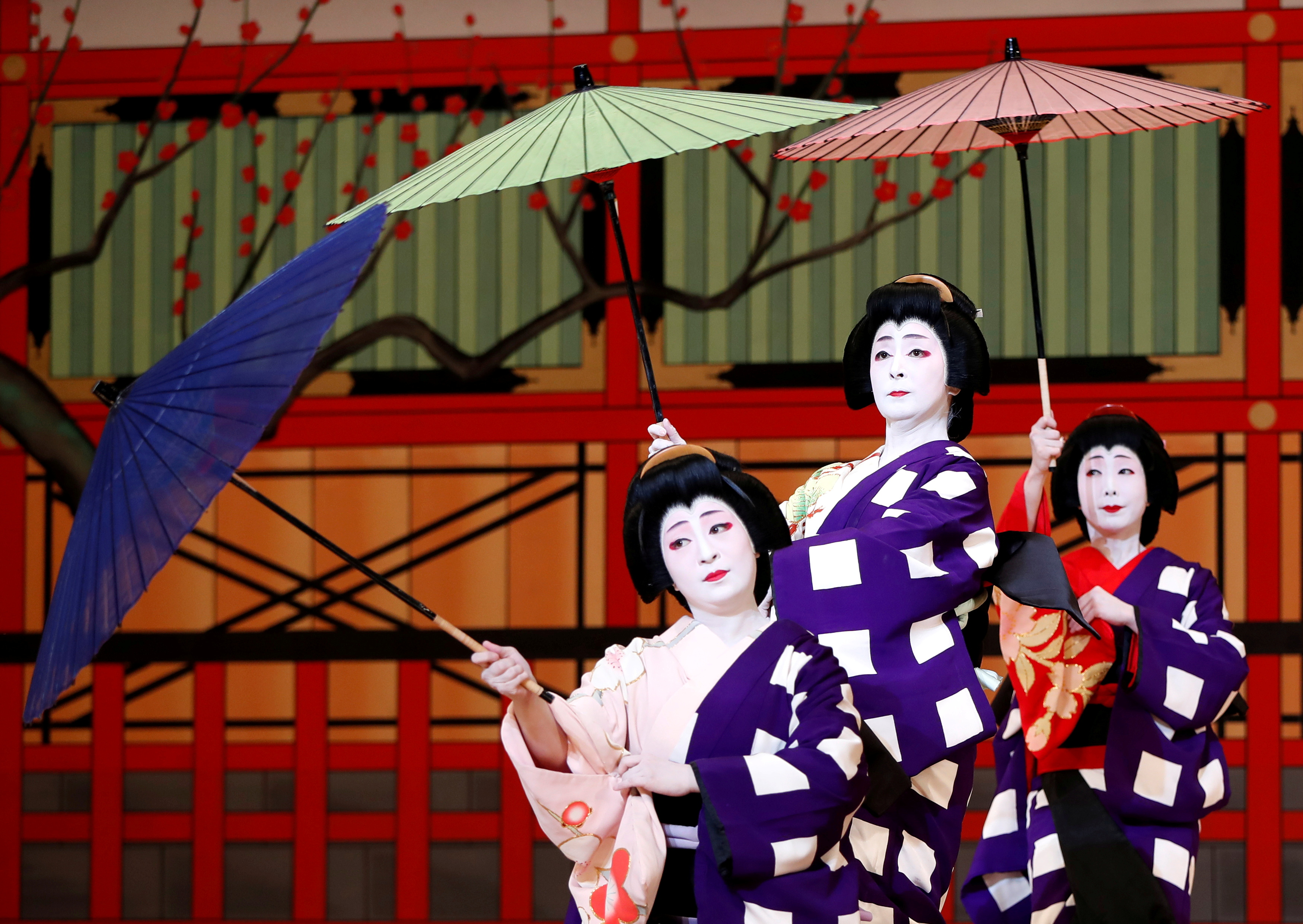 Geishas, traditional Japanese female entertainers, perform their dance during a press preview of the annual Azuma Odori Dance Festival at the Shinbashi Enbujo Theater in Tokyo, Japan May 23, 2018.  REUTERS/Issei Kato/File Photo
