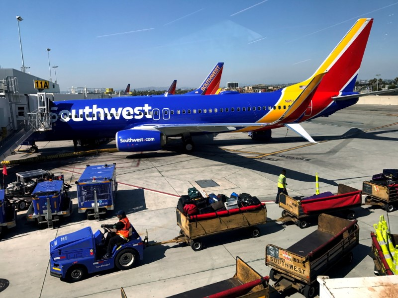 A Southwest Airlines Boeing 737-800 plane is seen at Los Angeles International Airport (LAX) in the Greater Los Angeles Area, California, U.S., April 10, 2017.   REUTERS/Lucy Nicholson