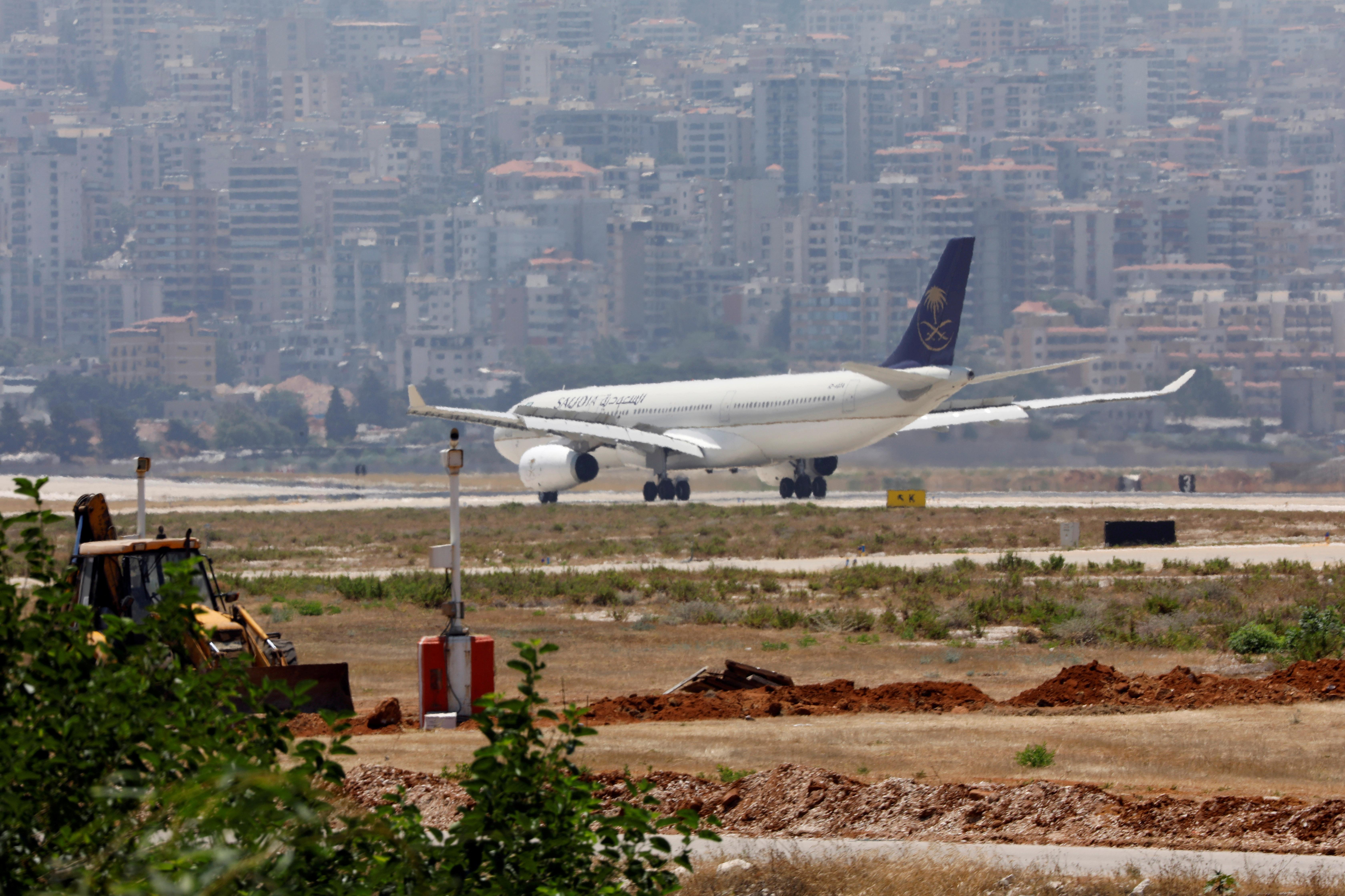 A Saudia, also known as Saudi Arabian Airlines, plane lands at Rafik al-Hariri airport in Beirut, Lebanon June 29, 2017. REUTERS/Jamal Saidi