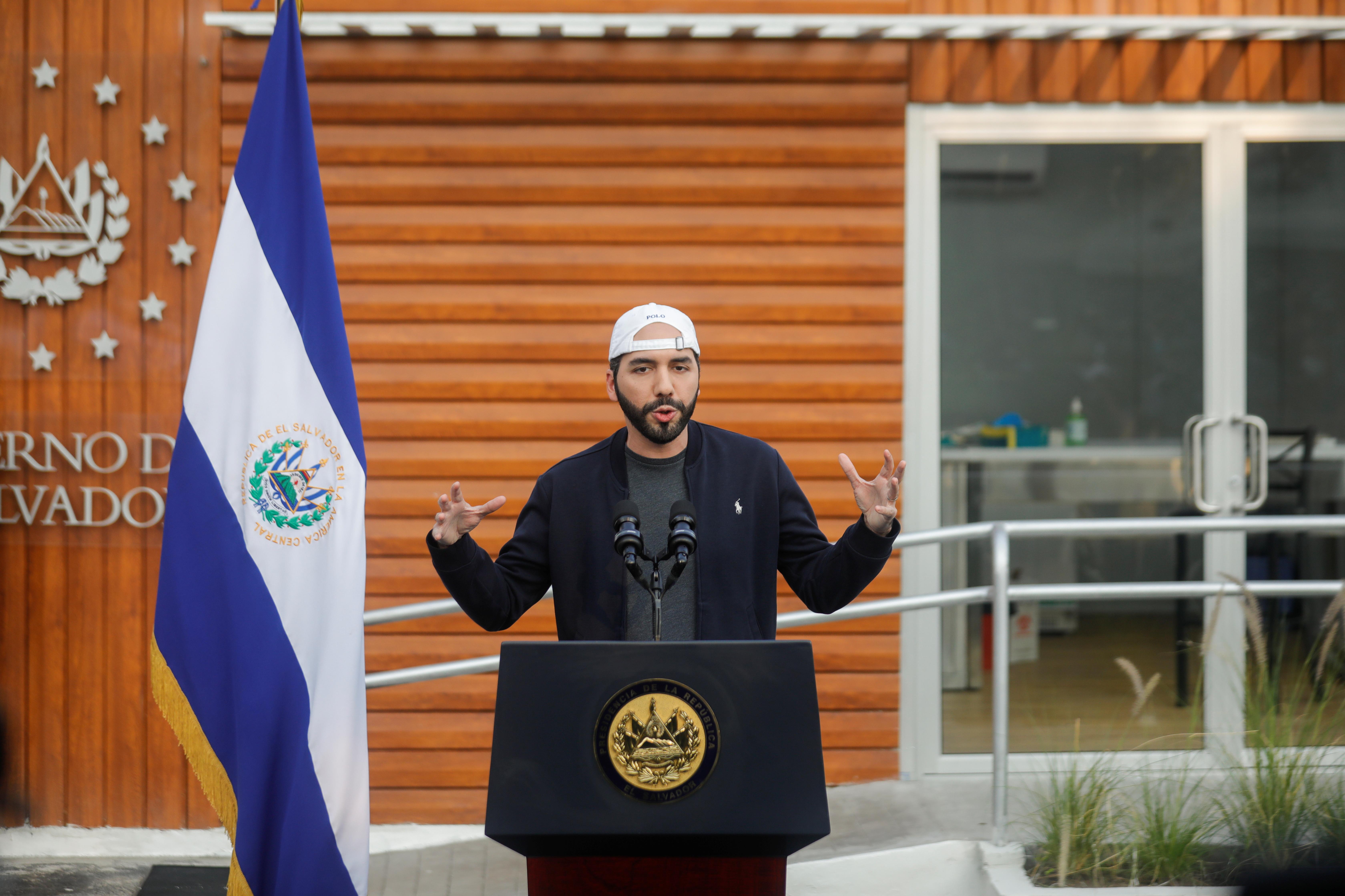 El Salvador's President Nayib Bukele speaks as the coronavirus disease (COVID-19) vaccination started at a public health center in San Salvador, El Salvador, February 17, 2021. REUTERS/Jose Cabezas