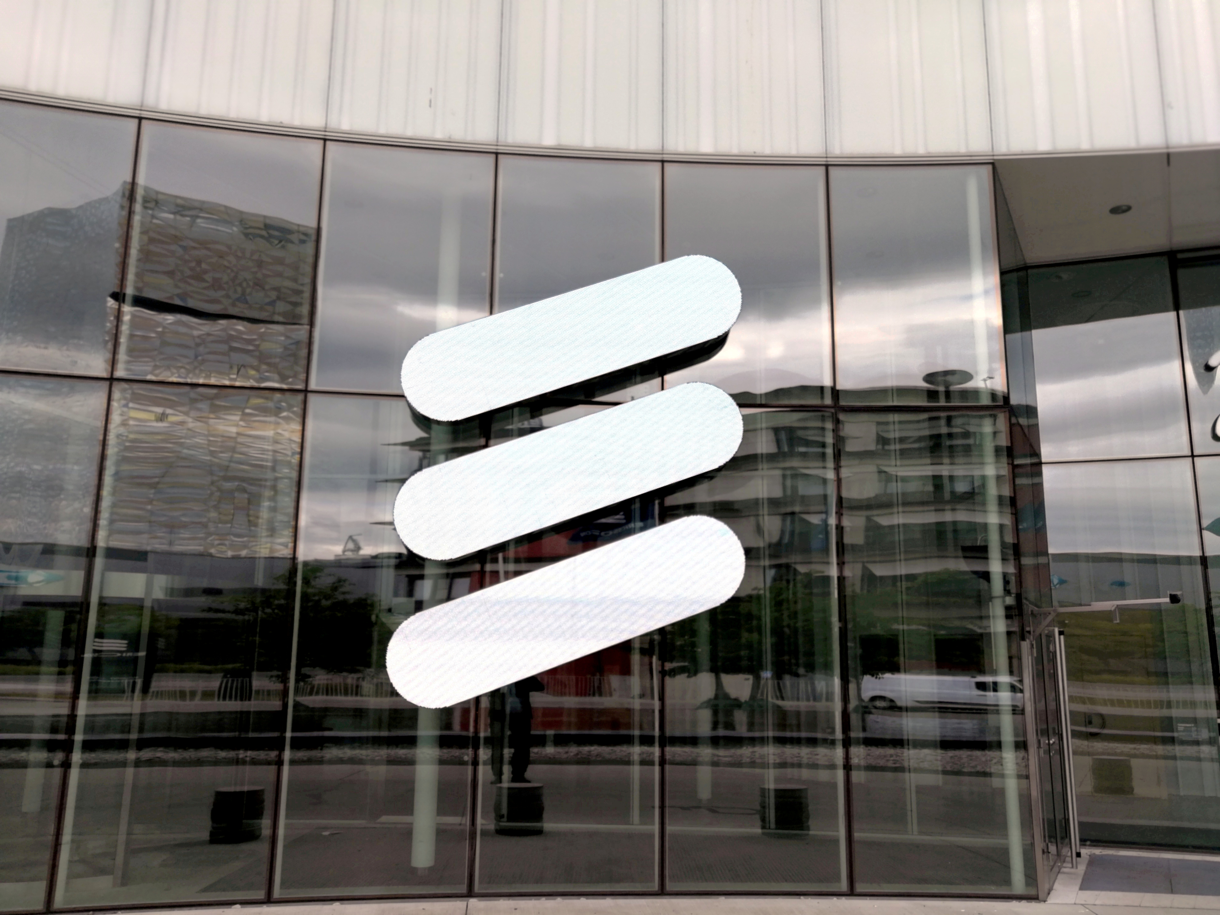 Ericsson logo is seen at its headquarters in Stockholm, Sweden June 14, 2018. REUTERS/Olof Swahnberg/File Photo