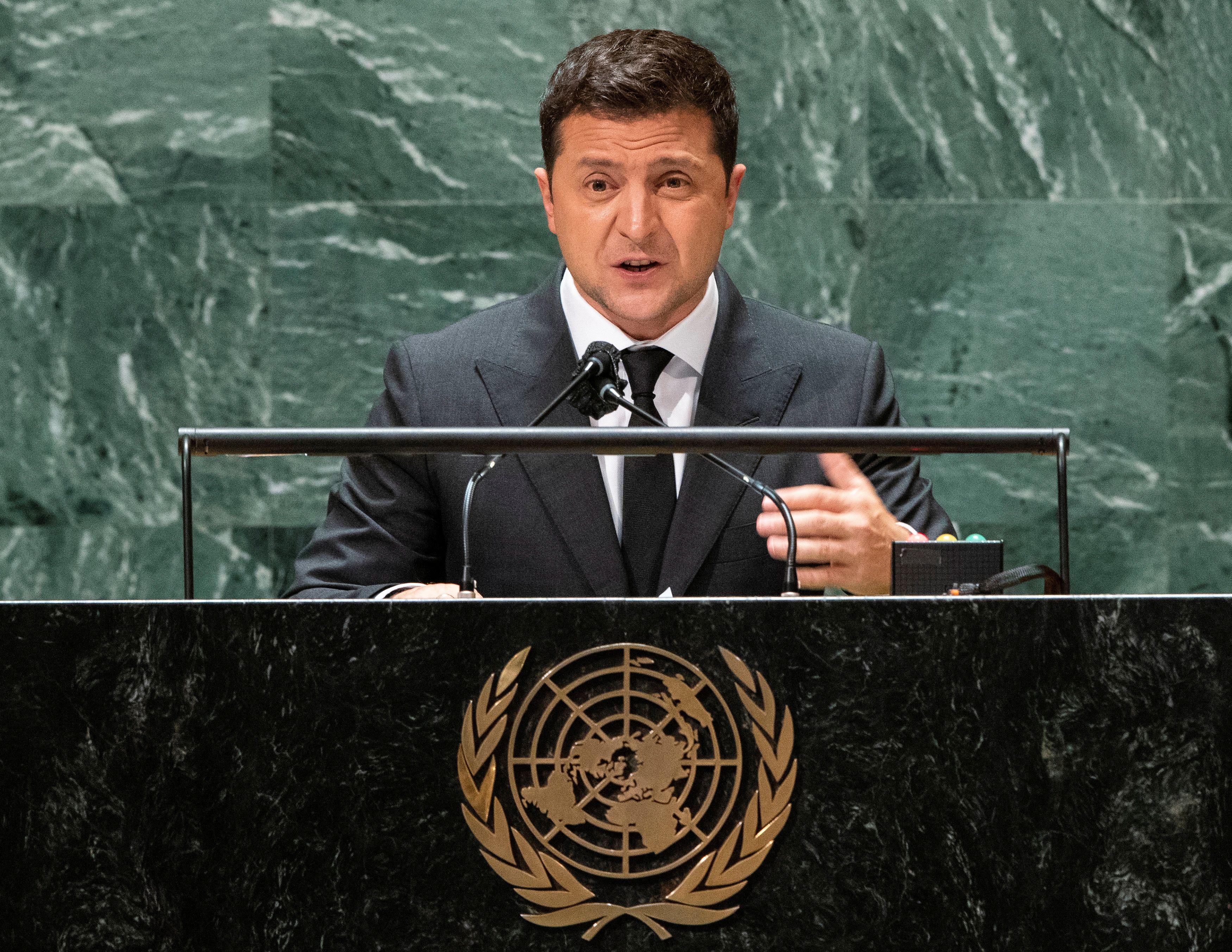 Ukraine's President Volodymyr Zelenskiy addresses the 76th Session of the U.N. General Assembly in New York City, U.S., September 22, 2021.  REUTERS/Eduardo Munoz/Pool