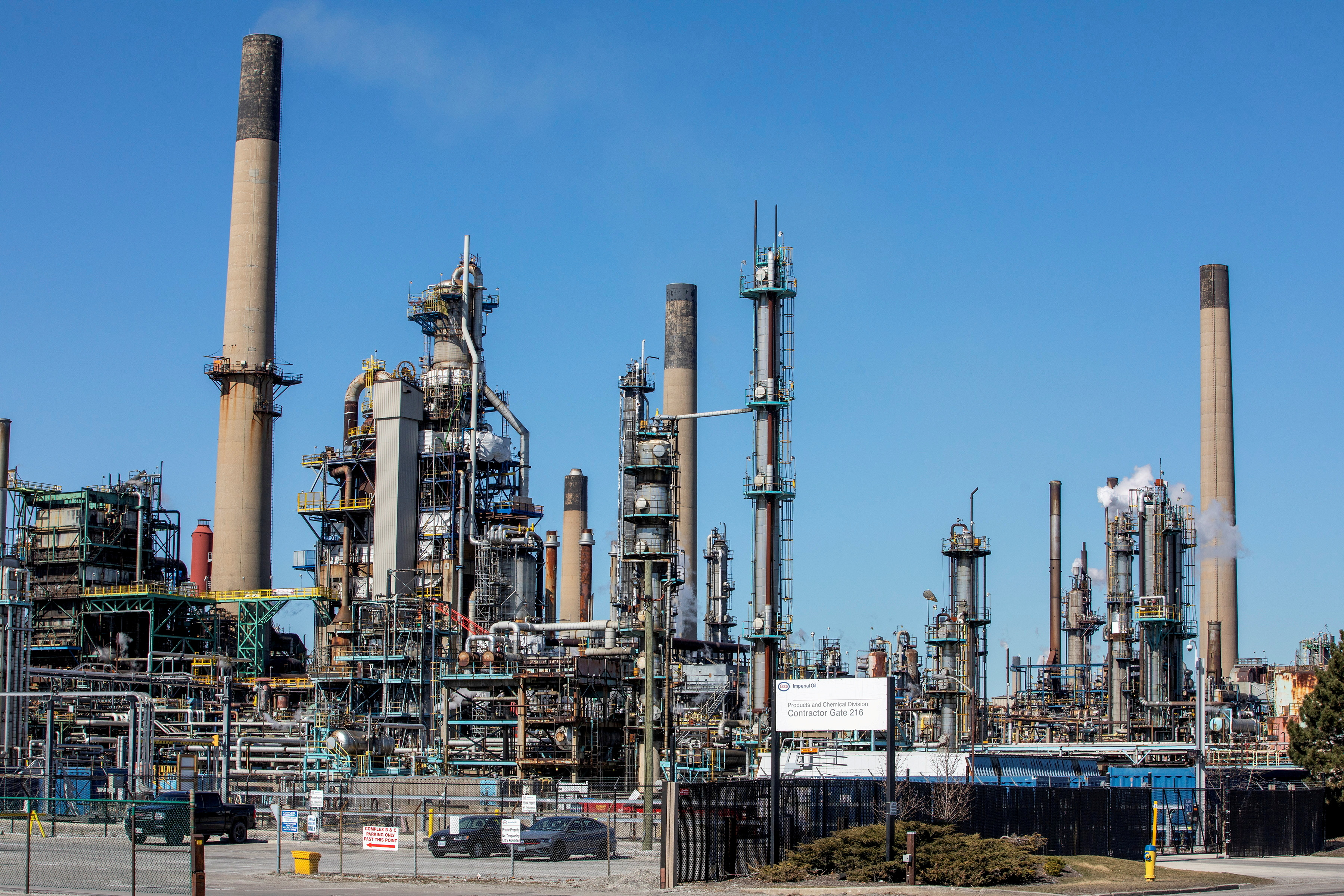 General view of the Imperial Oil refinery, located near Enbridge's Line 5 pipeline in Sarnia, Ontario, Canada March 20, 2021.  REUTERS/Carlos Osorio/File Photo