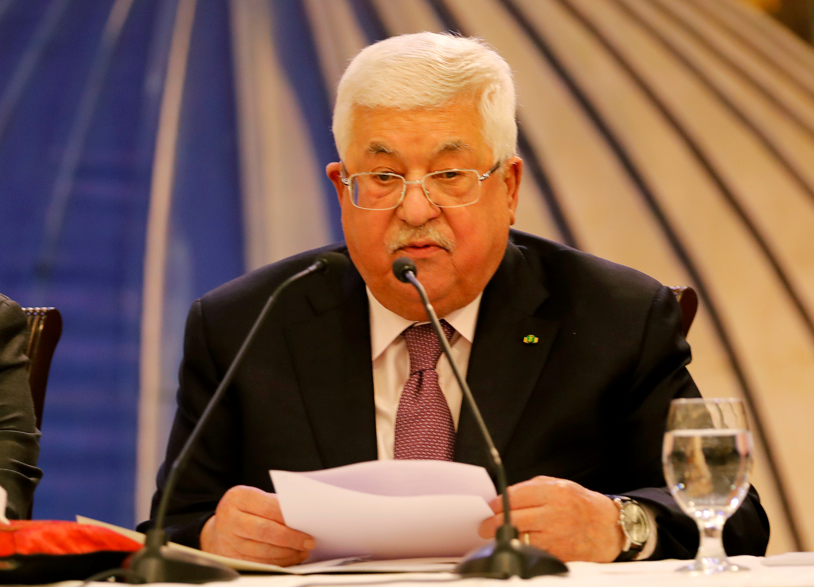 Palestinian President Mahmoud Abbas delivers a speech following President Donald Trump's announcement of a Middle East peace plan in Ramallah in the Israeli-occupied West Bank on January 28, 2020.  REUTERS / Raneen Sawafta
