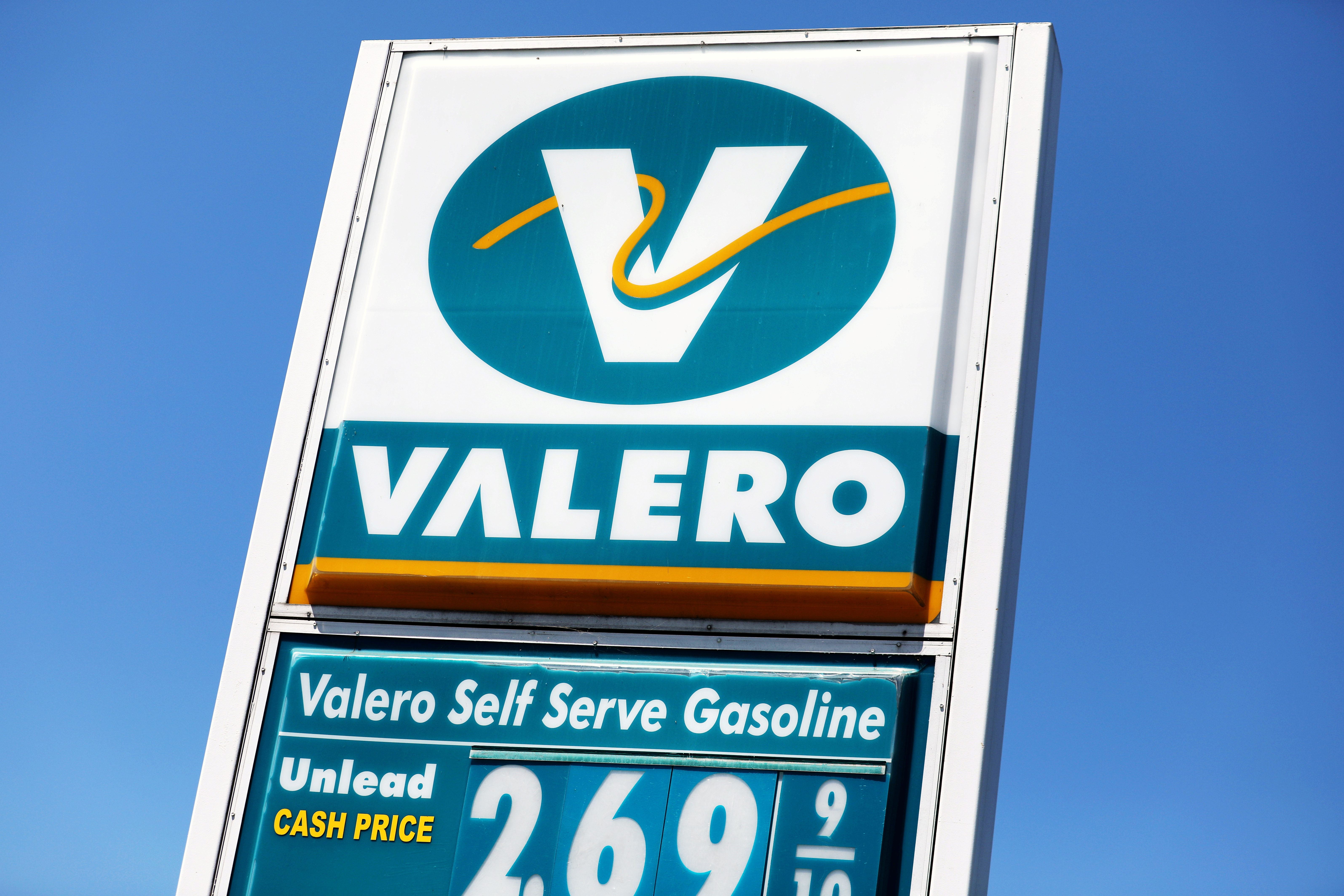 A Valero Energy Corp. gas station is pictured in El Cajon, California, U.S., August 8, 2017. Picture taken August 8, 2016.   REUTERS/Mike Blake