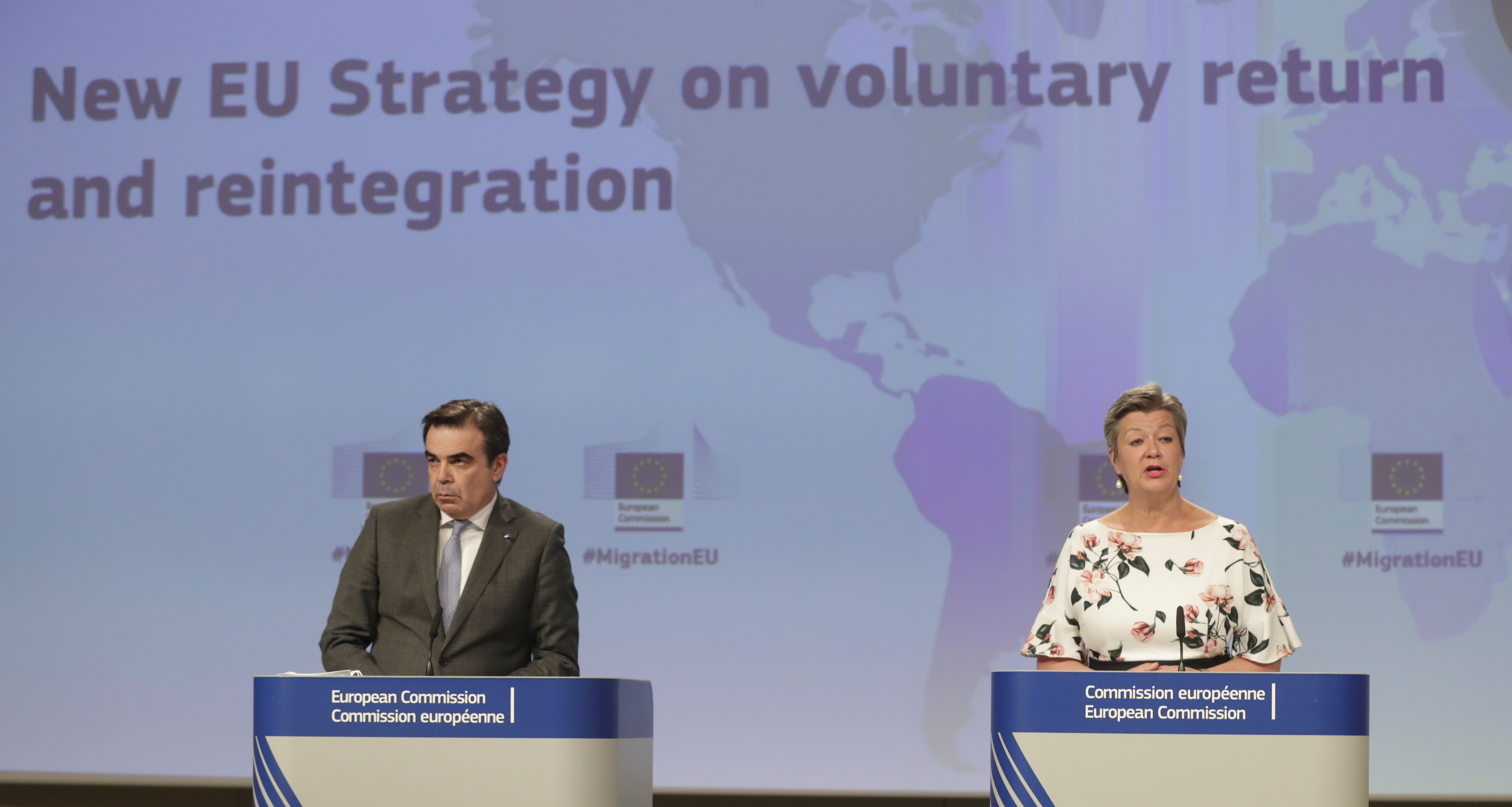 European Commission Vice-President for Promoting the European Way of Life, Margaritis Schinas, and European Commissioner for Home Affairs, Ylva Johansson attend a press conference on EU Strategy on sustainable return and reintegration of illegal migrants in Europe, in Brussels, Belgium, April 27, 2021. Stephanie Lecocq/Pool via REUTERS
