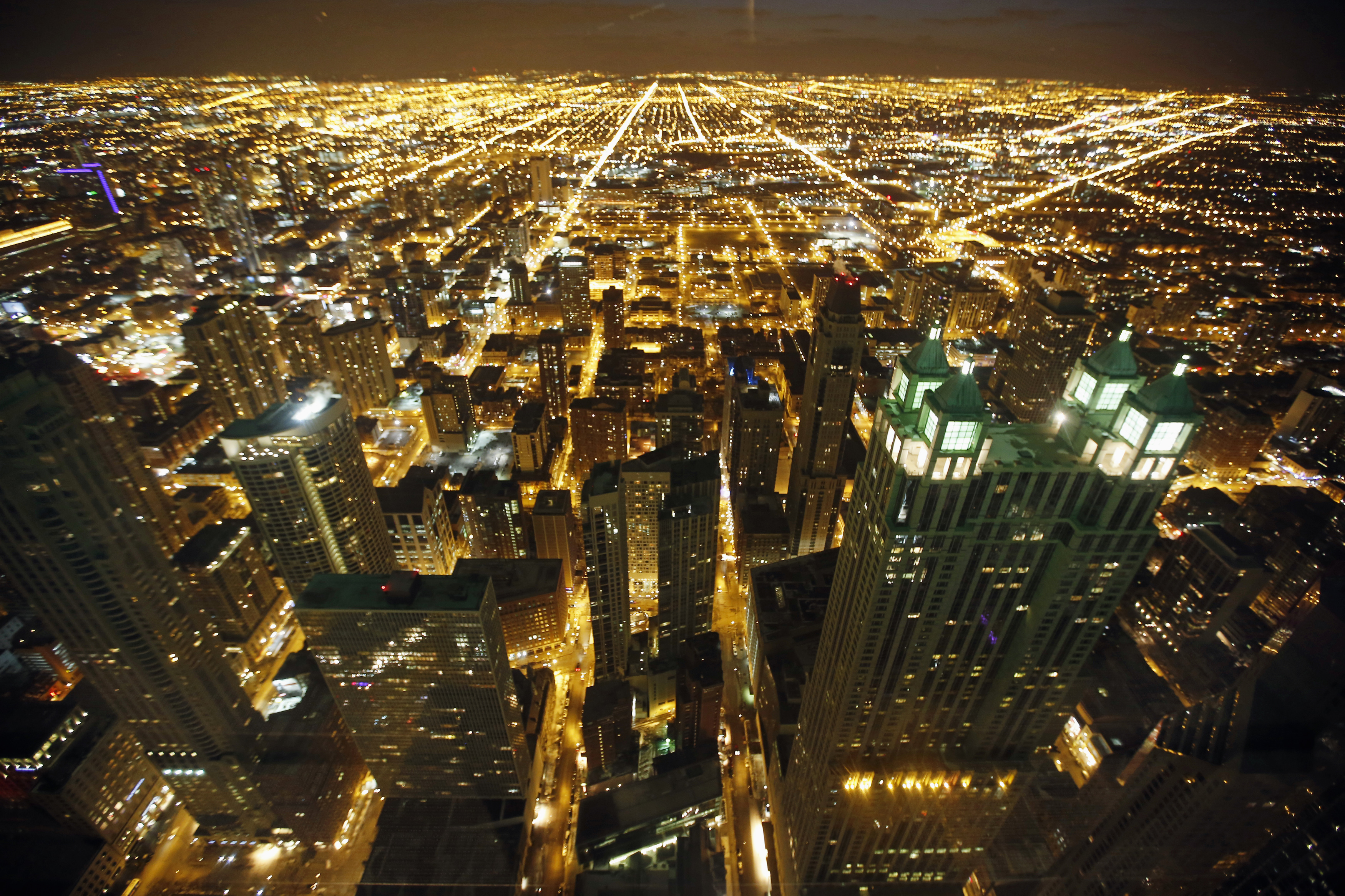 A general view of the city of Chicago, March 23, 2014.  REUTERS/Jim Young (UNITED STATES - Tags: CITYSCAPE SOCIETY)