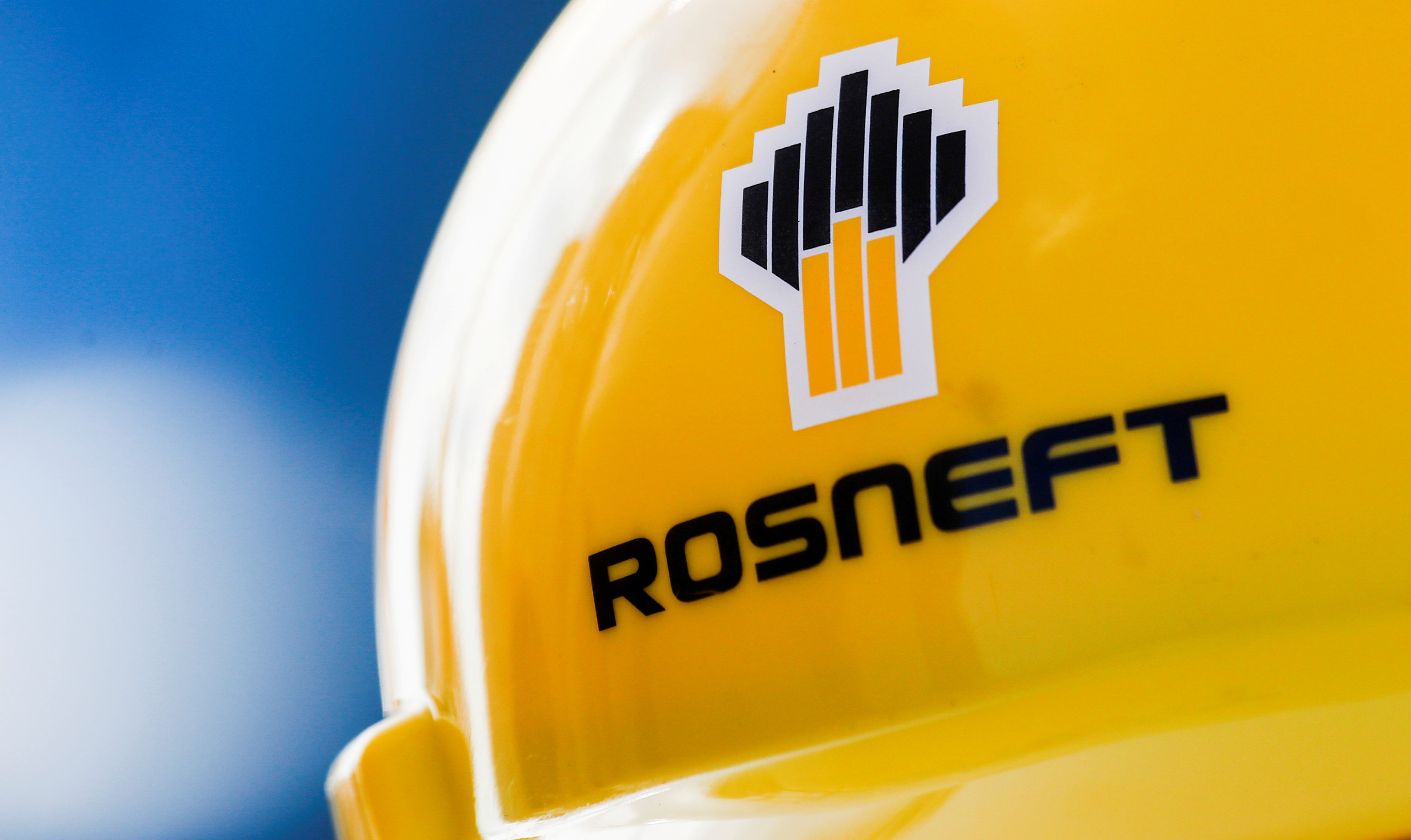 The Rosneft logo is pictured on a safety helmet in Vung Tau, Vietnam April 27, 2018. Picture taken April 27, 2018. REUTERS/Maxim Shemetov/File Photo