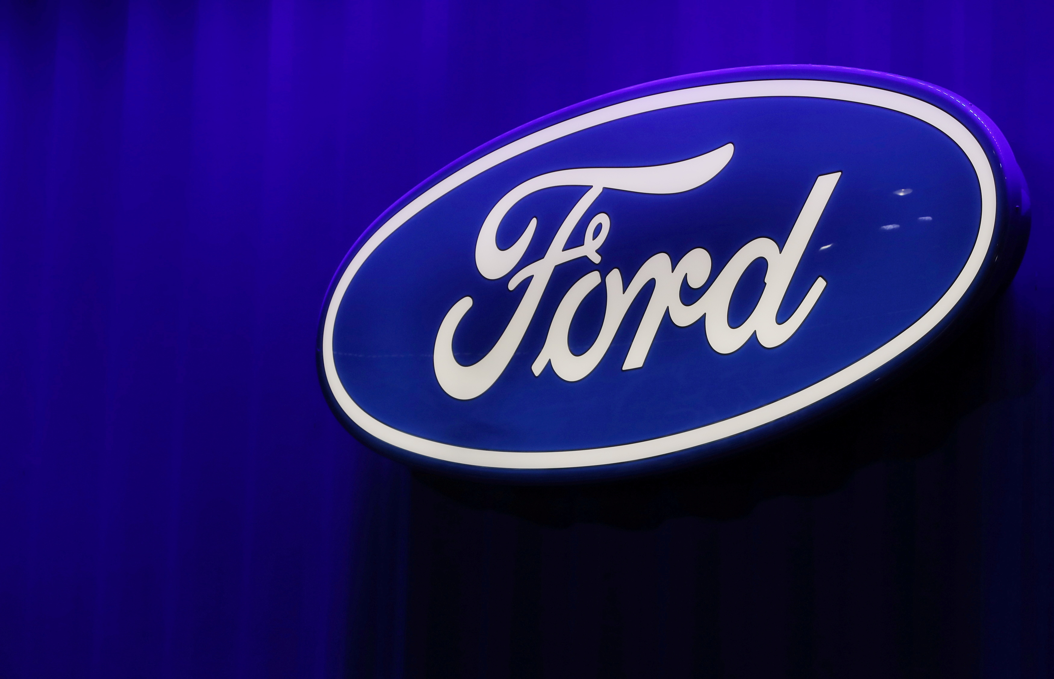 The Ford logo is seen at the North American International Auto Show in Detroit, Michigan, U.S., January 15, 2019. REUTERS/Brendan McDermid/File Photo