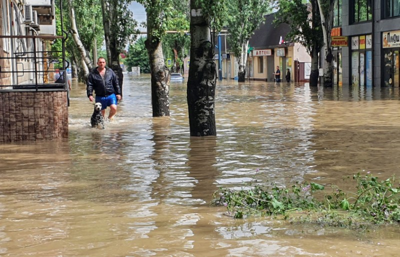 A view shows a flooded street following heavy rainfall in Kerch, Crimea June 17, 2021. REUTERS/Alla Dmitrieva