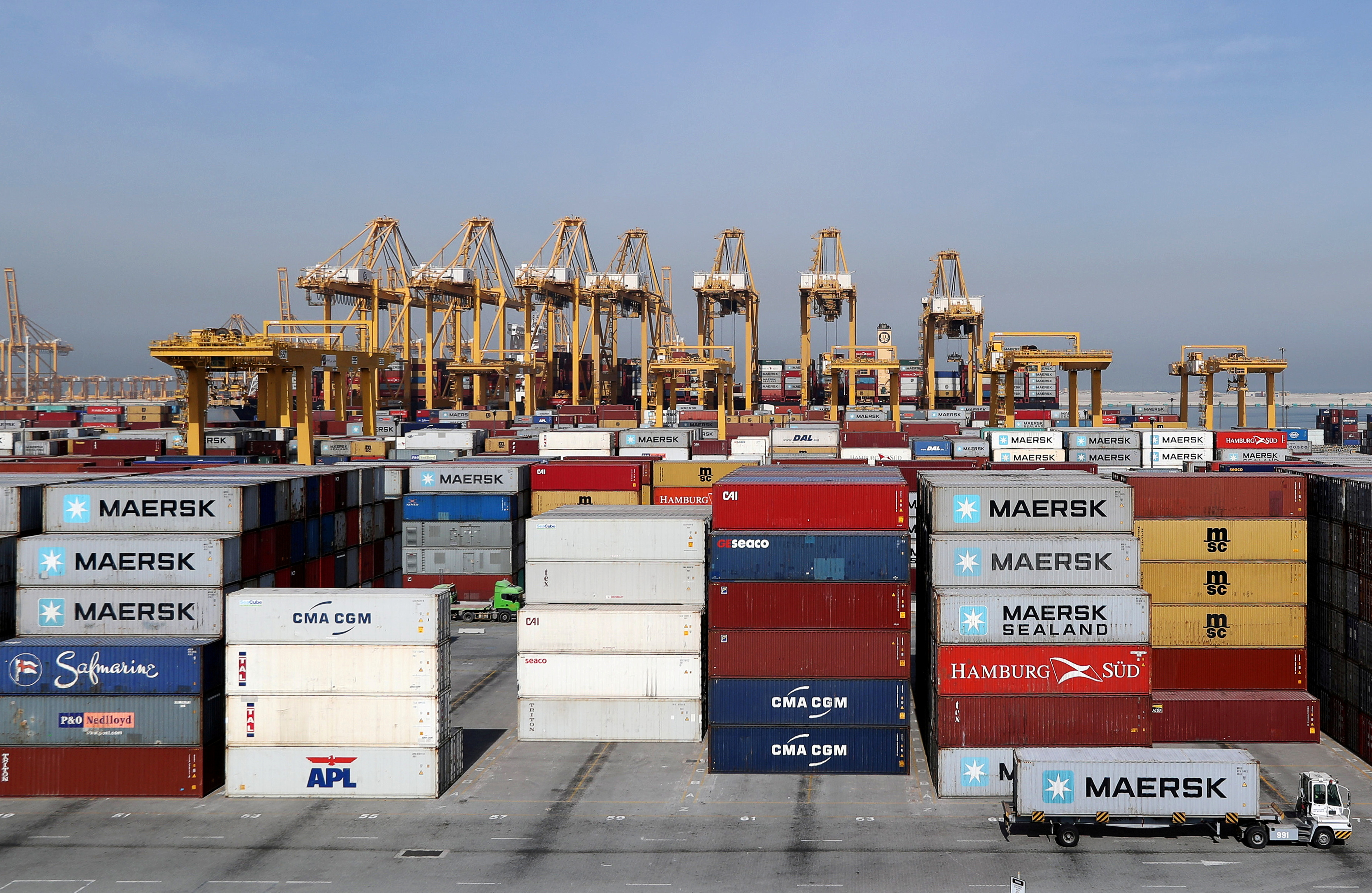 General view of a stock yard of DP World's fully automated Terminal 2 at Jebel Ali Port in Dubai.  REUTERS/ Hamad I Mohammed
