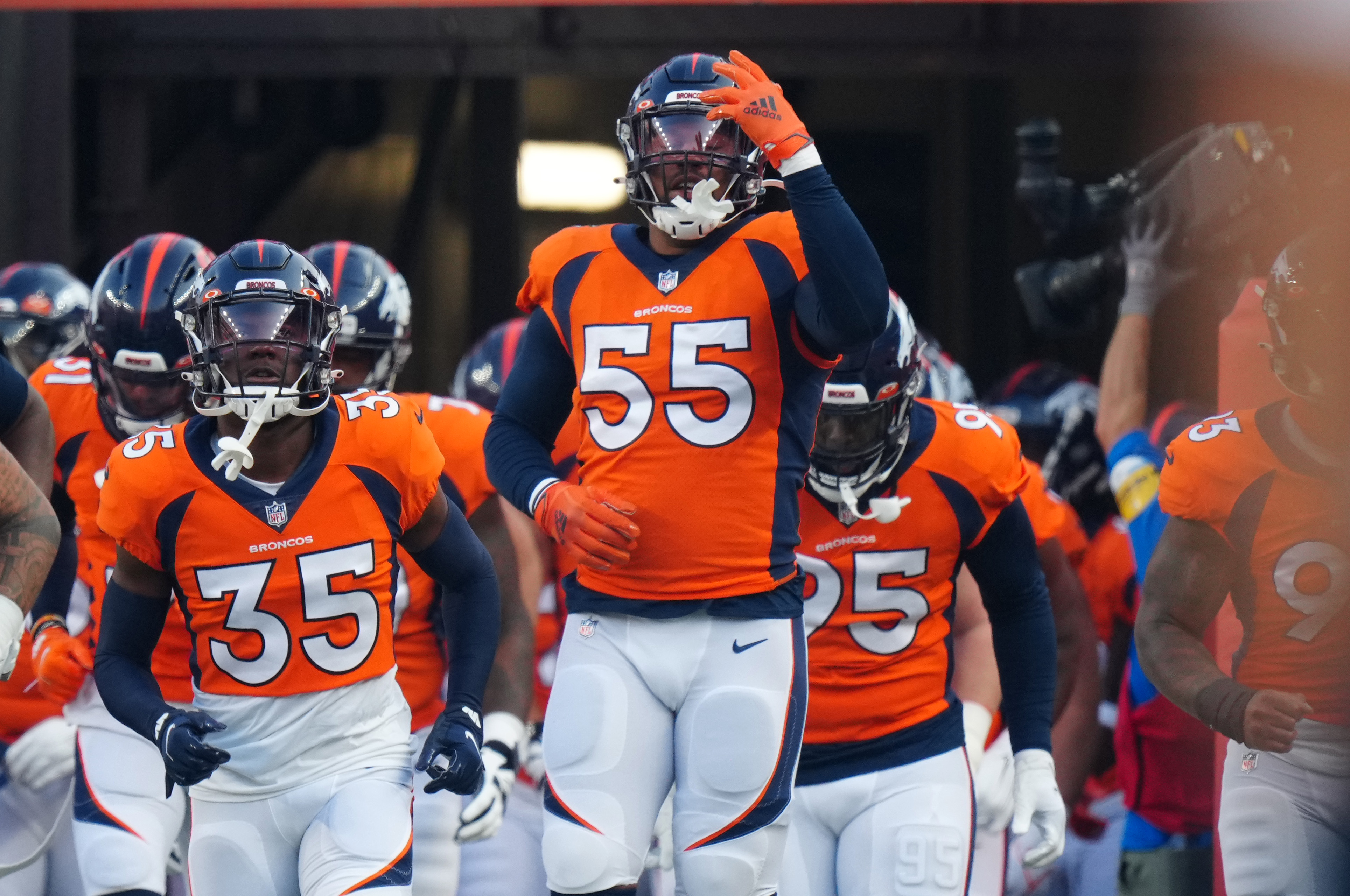 Aug 28, 2021; Denver, Colorado, USA; Denver Broncos outside linebacker Bradley Chubb (55) before the preseason game against the Los Angeles Rams at Empower Field at Mile High. Mandatory Credit: Ron Chenoy-USA TODAY Sports/File Photo