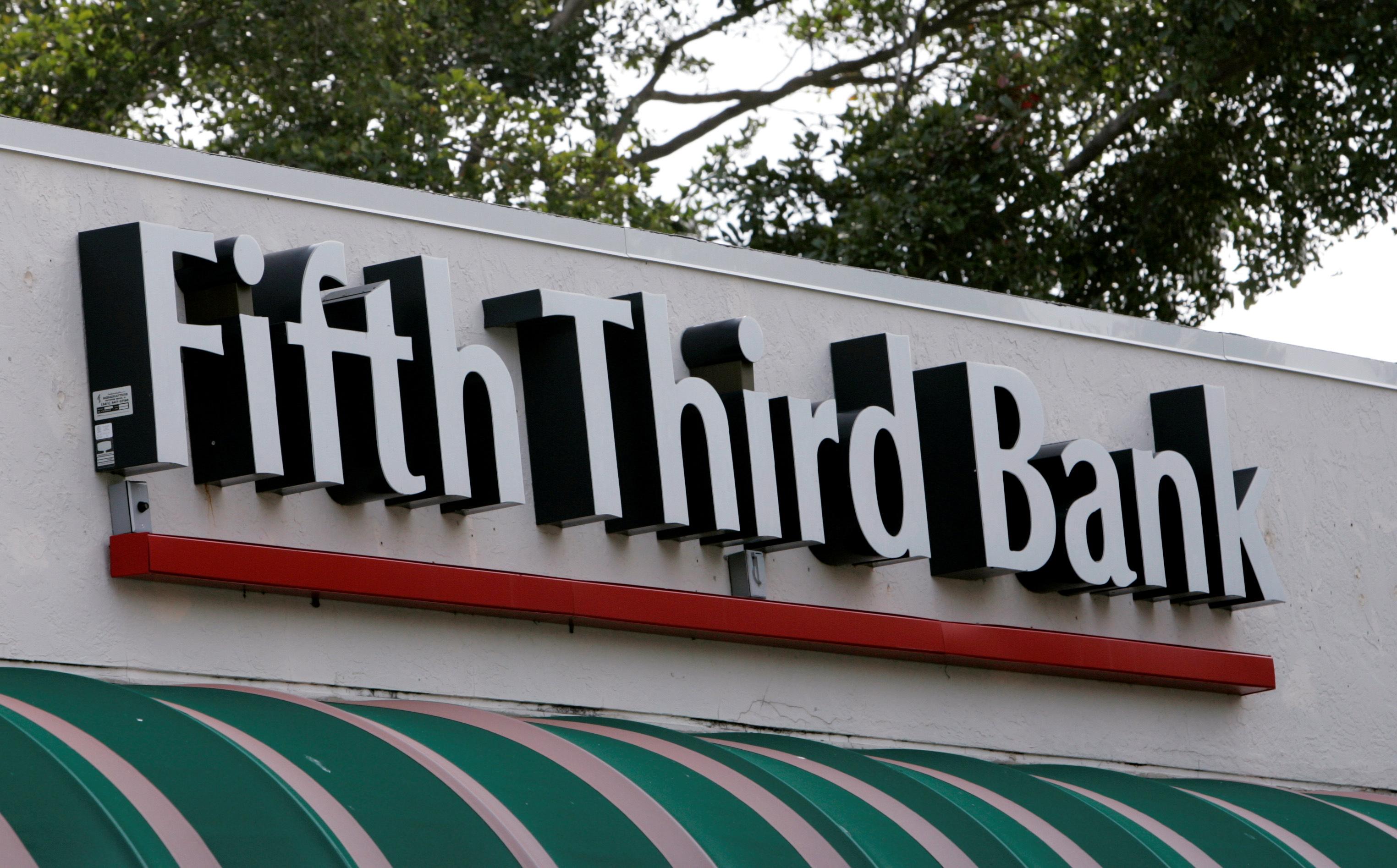 A branch location of Fifth Third Bank in Boca Raton, Florida. REUTERS/Joe Skipper
