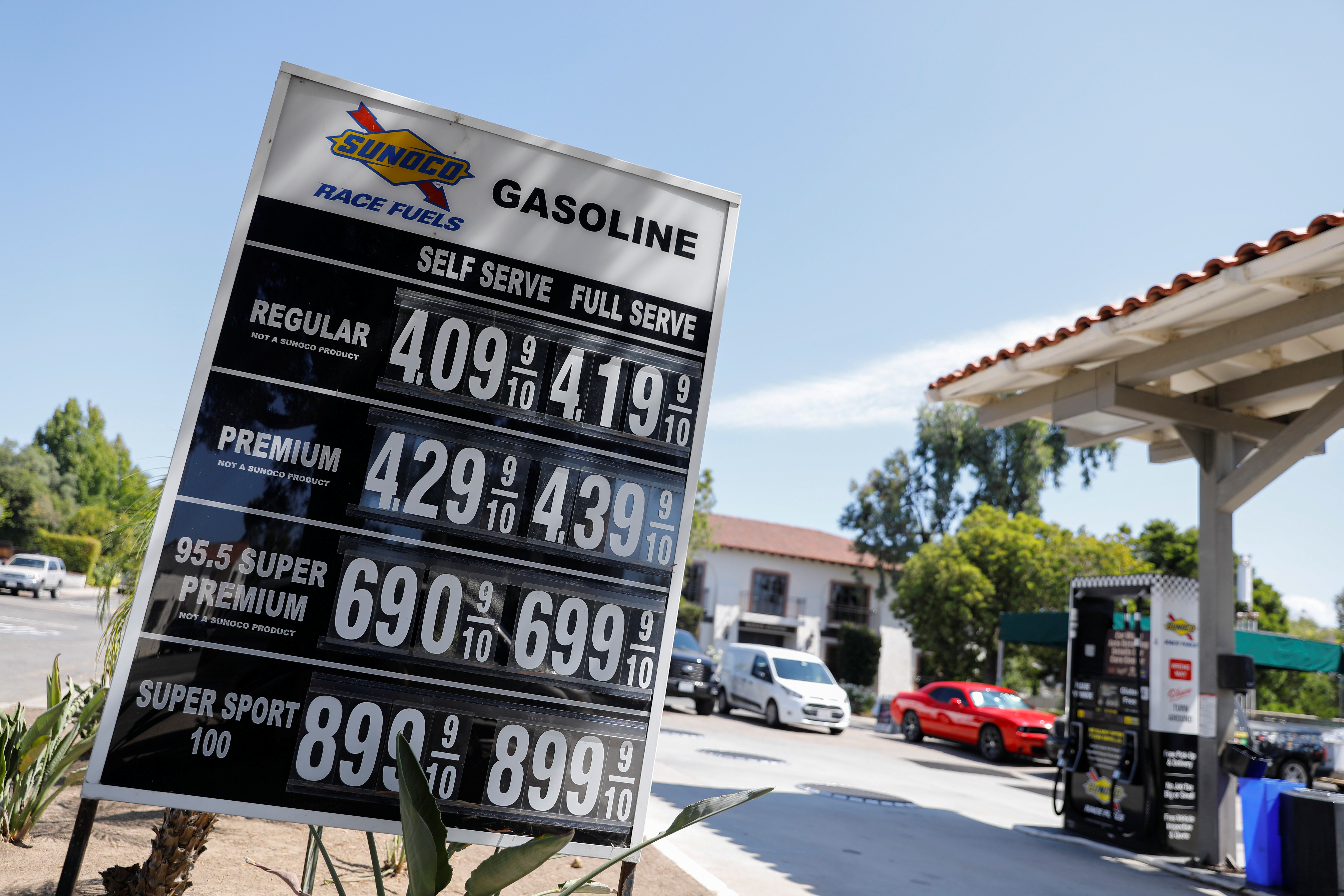 The current price of gasoline is shown at a gas station in Rancho Santa Fe, California, U.S., September 16, 2019.    REUTERS/Mike Blake
