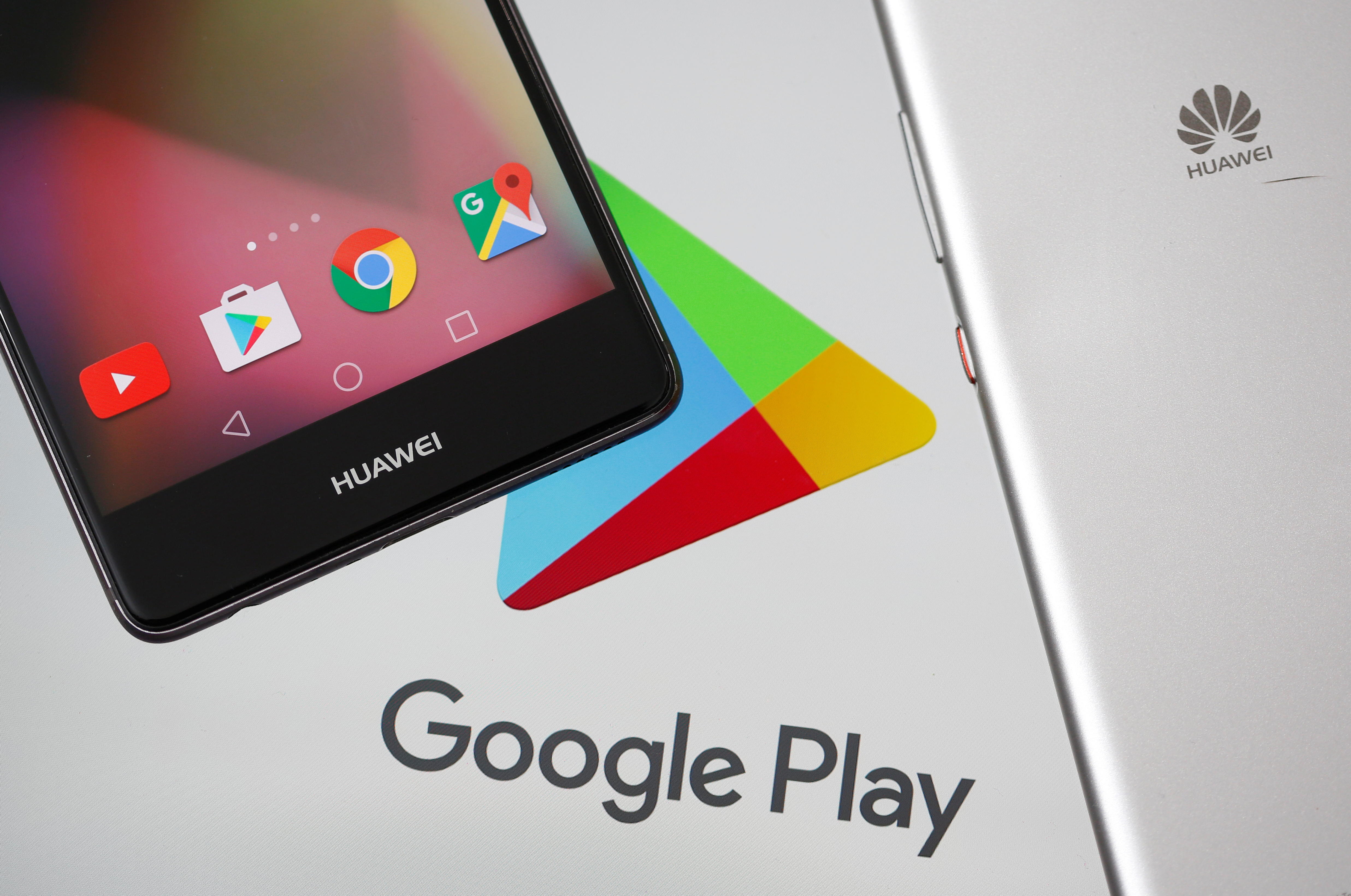 Huawei smartphones are seen in front of displayed Google Play logo in this illustration picture taken May 20, 2019. REUTERS/Dado Ruvic/Illustration