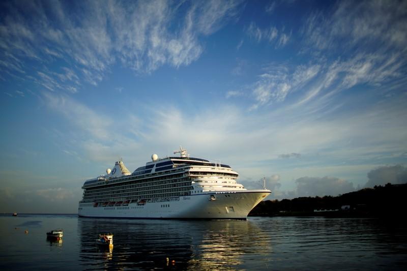 U.S. Norwegian Cruise Line Holdings cruise ship Marina arrives at the Havana bay, Cuba March 9, 2017. REUTERS/Alexandre Meneghini/File Photo