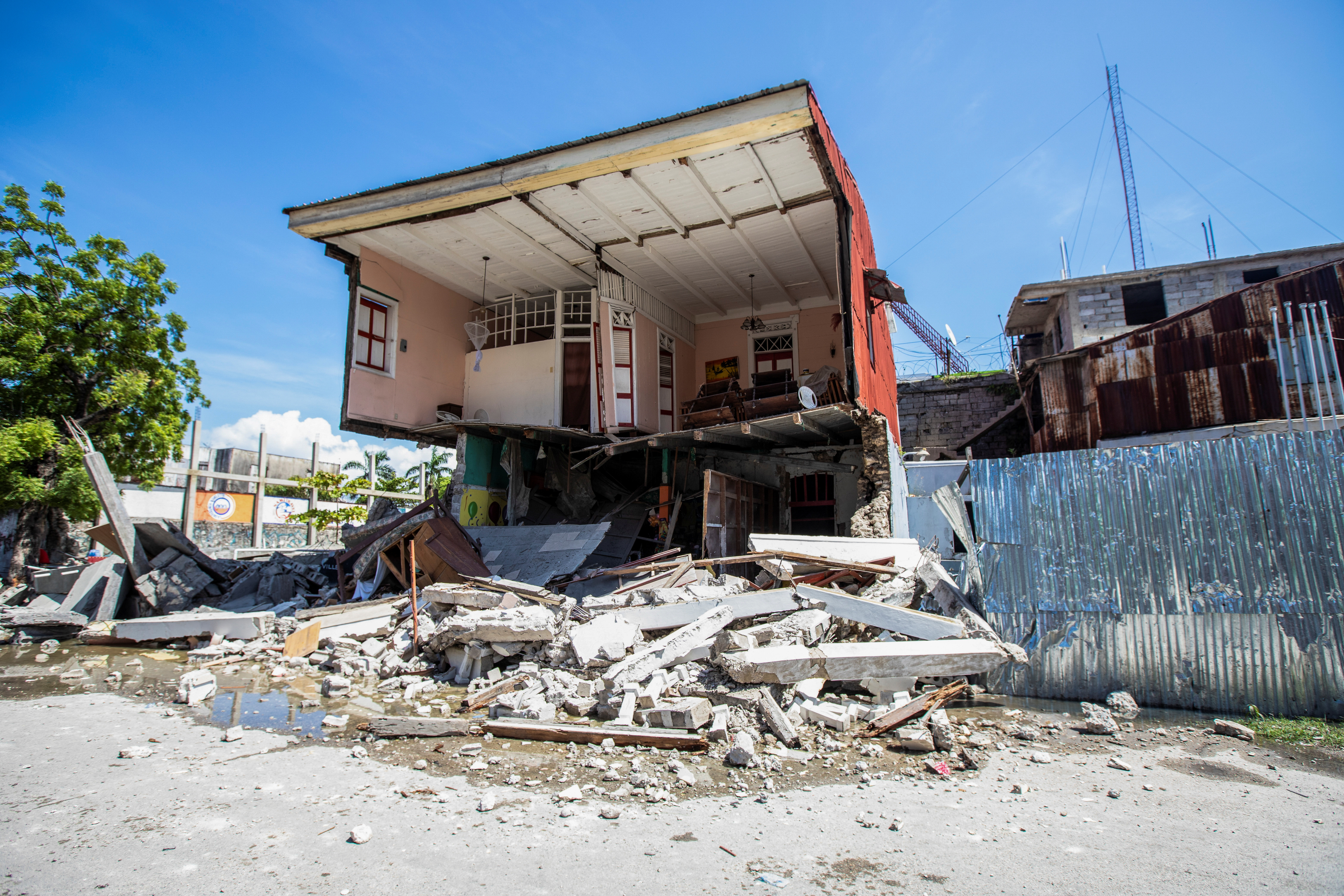 A view shows a house destroyed following a 7.2 magnitude earthquake in Les Cayes, Haiti August 14, 2021. REUTERS/Ralph Tedy Erol NO RESALES. NO ARCHIVES