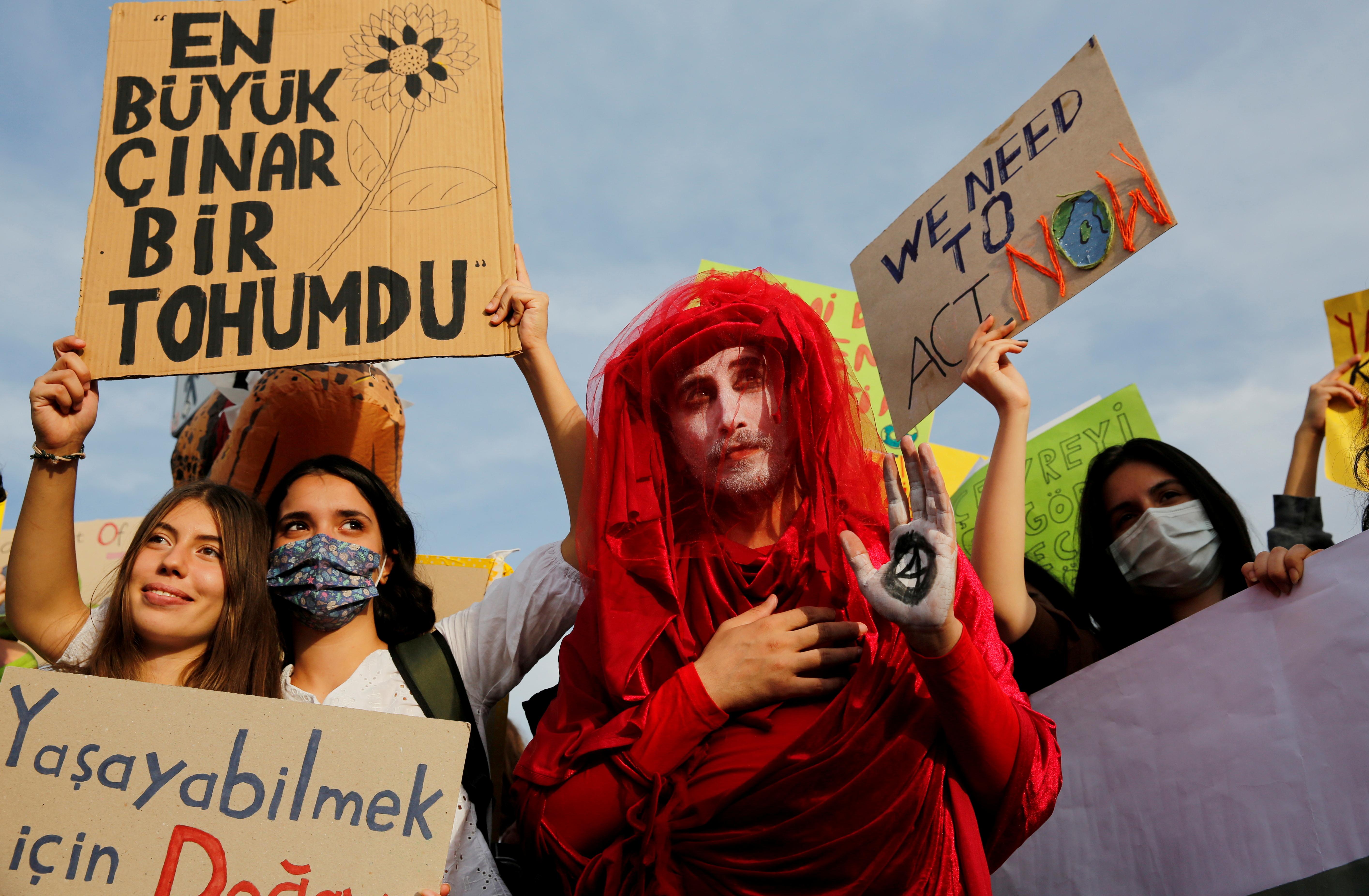 Activists attend the Global Climate Strike in Istanbul, Turkey, September 24, 2021. REUTERS/Dilara Senkaya