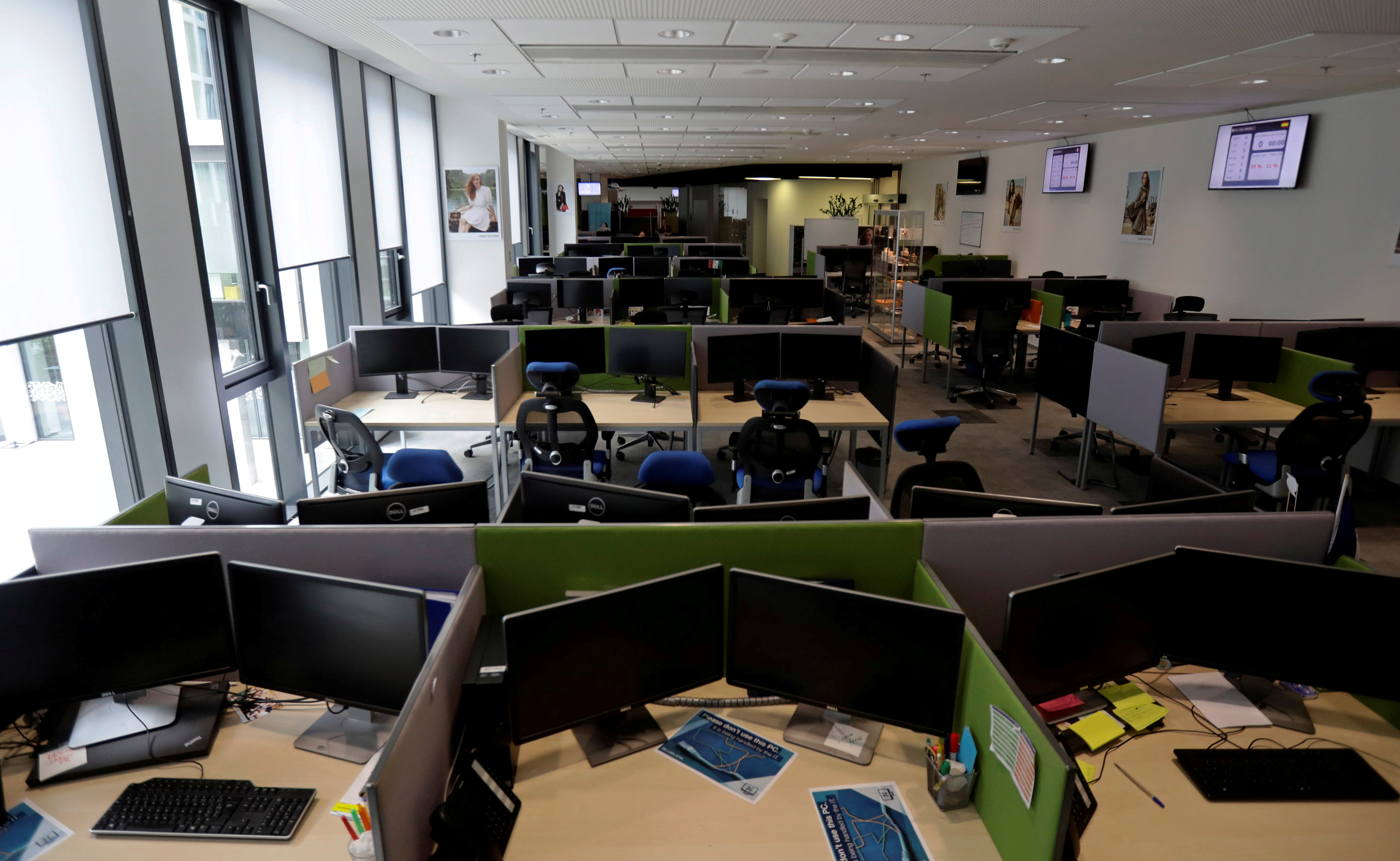 Open office workspace is seen in an empty office of an airline service company, as the spread of the coronavirus disease (COVID-19) continues, in Prague, Czech Republic, May 4, 2020.   REUTERS/David W Cerny