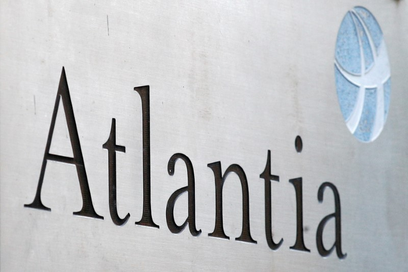 The logo of infrastructure group Atlantia is seen outside their headquarters in Rome, Italy, on October 5, 2020. REUTERS/Guglielmo Mangiapane/File Photo