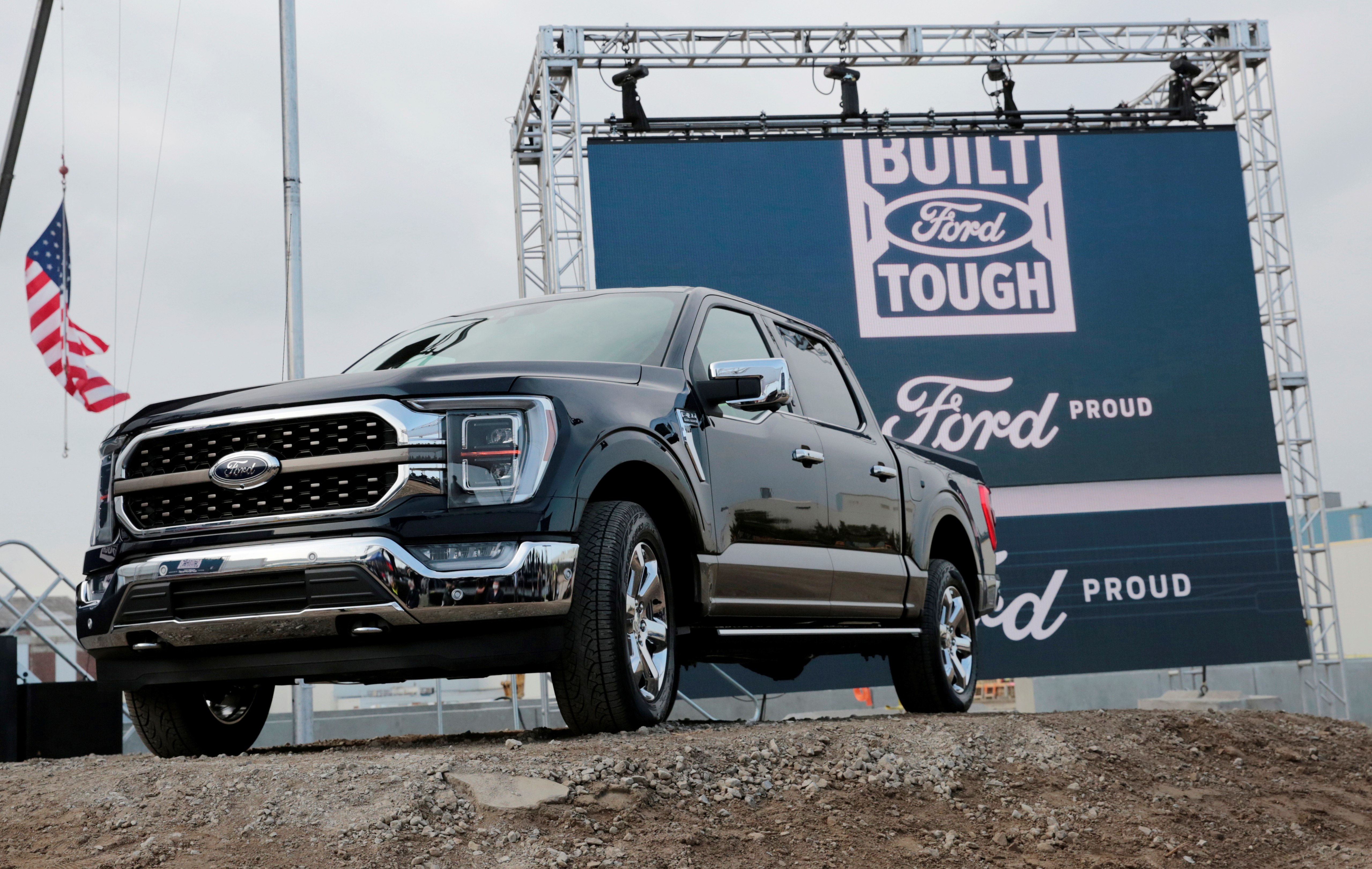 Ford Motor Co. displays a new 2021 Ford F-150 pickup truck at the Rouge Complex in Dearborn, Michigan, U.S. September 17, 2020. REUTERS/Rebecca Cook/File Photo