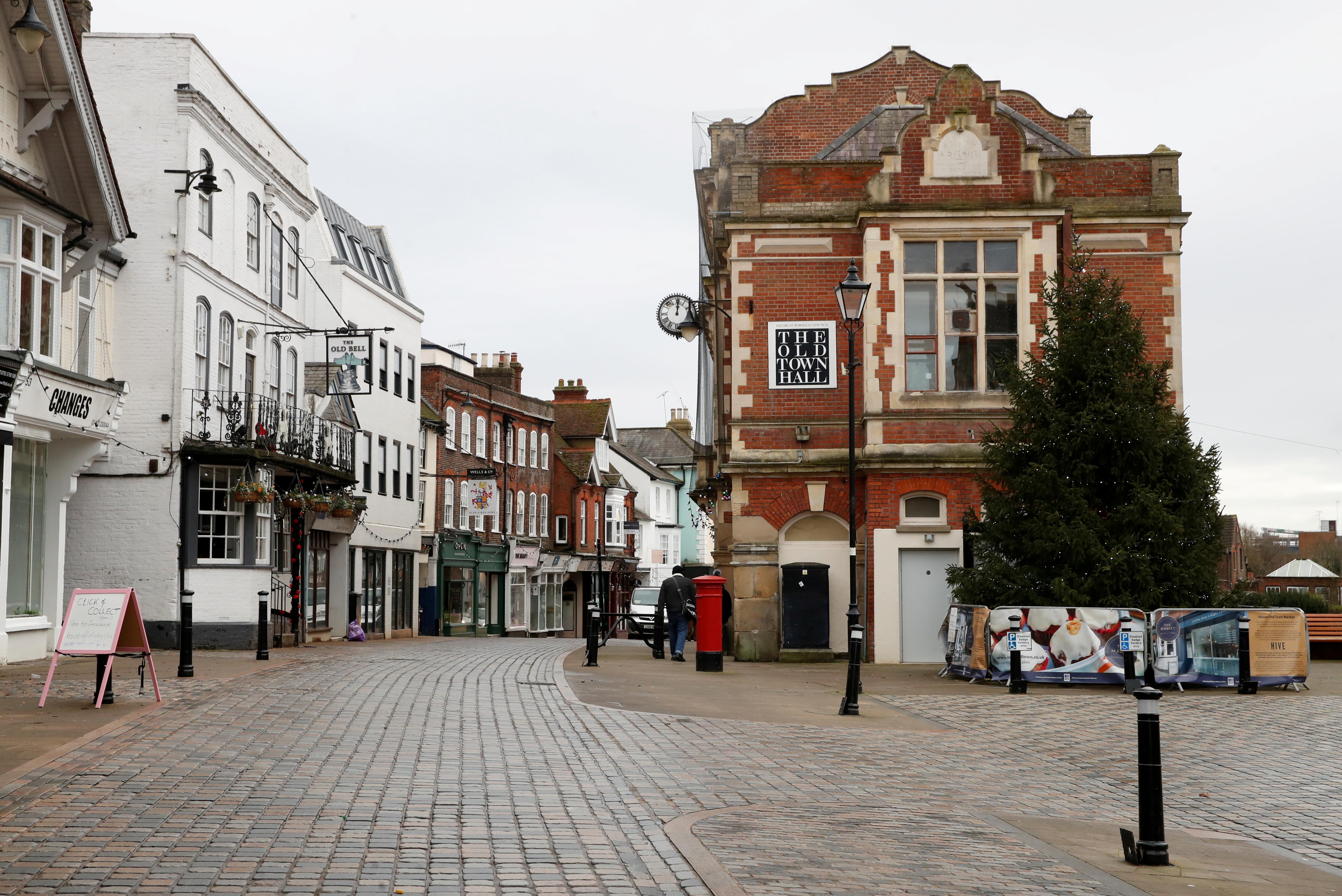 A view of a deserted street in Hemel Hempstead, Britain, January 5, 2021. REUTERS/Matthew Childs