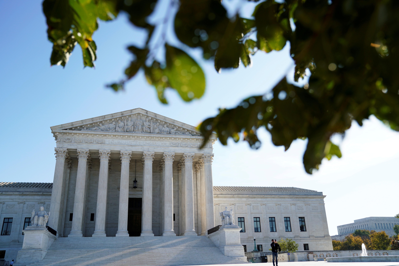 The U.S. Supreme Court building is seen in Washington, U.S. November 5, 2020.  REUTERS/Erin Scott/File Photo