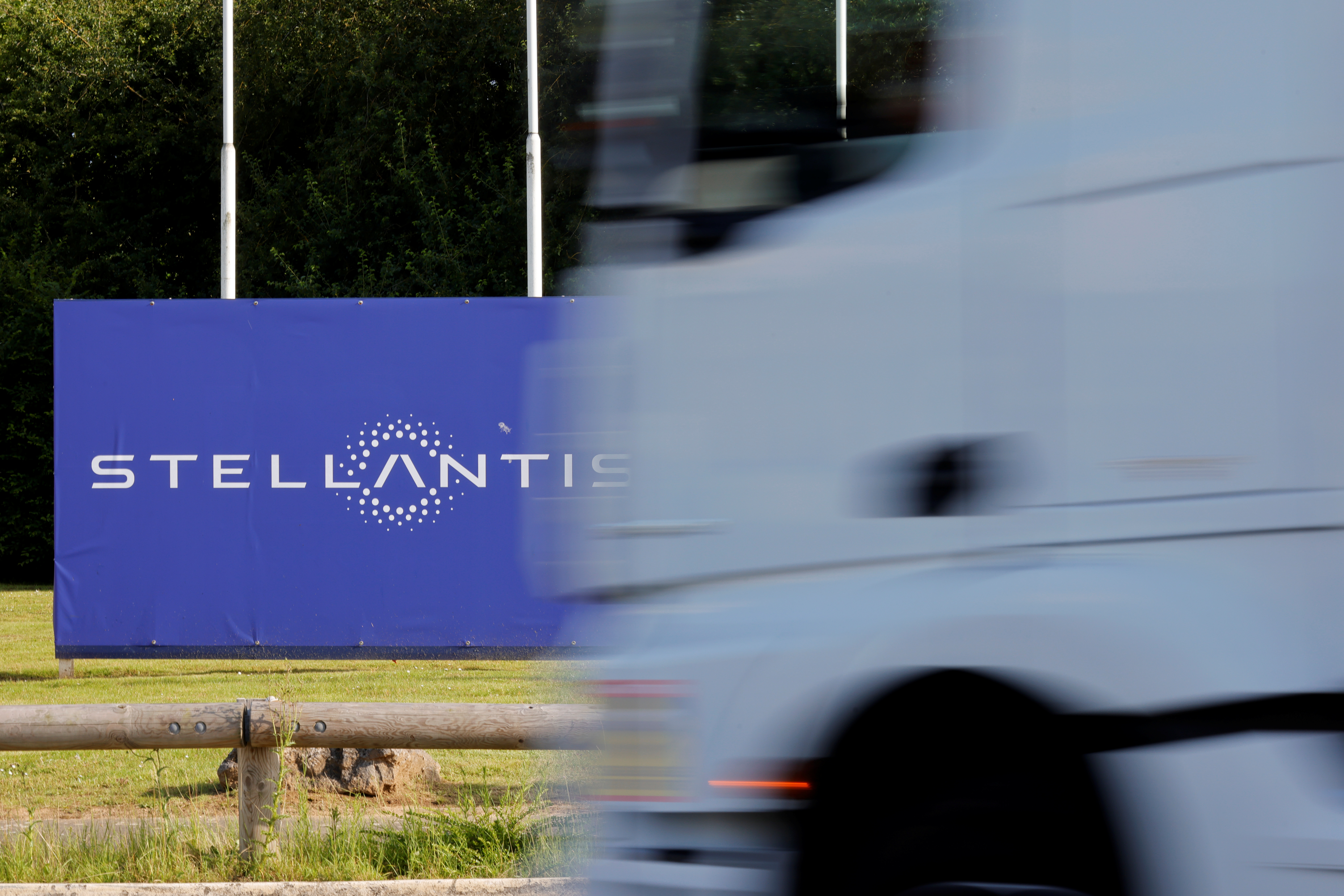 A view shows the logo of Stellantis at the entrance of the company's factory in Hordain, France, July 7, 2021. REUTERS/Pascal Rossignol/Files
