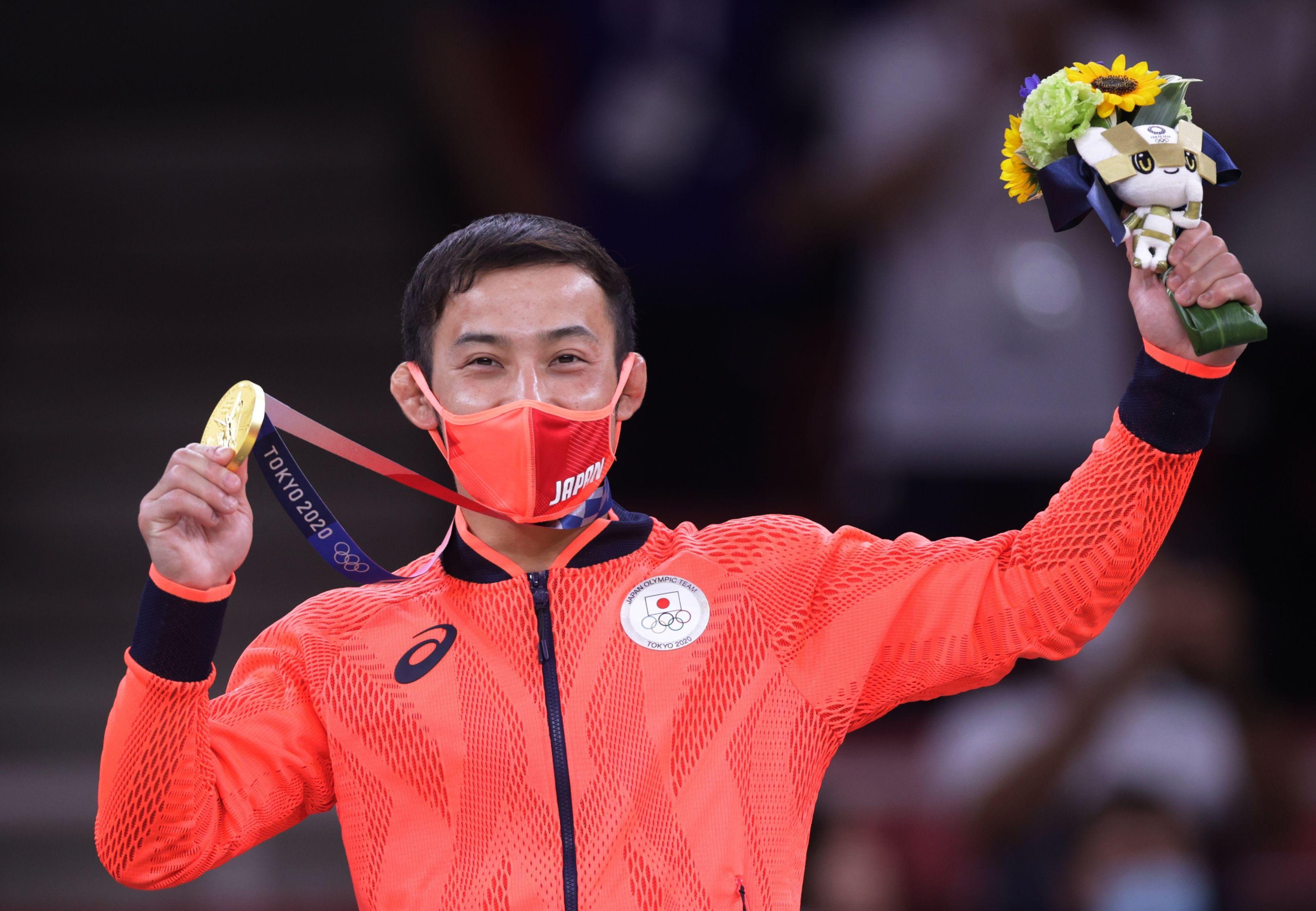 Tokyo 2020 Olympics - Judo - Men's 60kg - Medal Ceremony - Nippon Budokan - Tokyo, Japan - July 24, 2021. Gold medallist Naohisa Takato of Japan celebrates REUTERS/Hannah Mckay