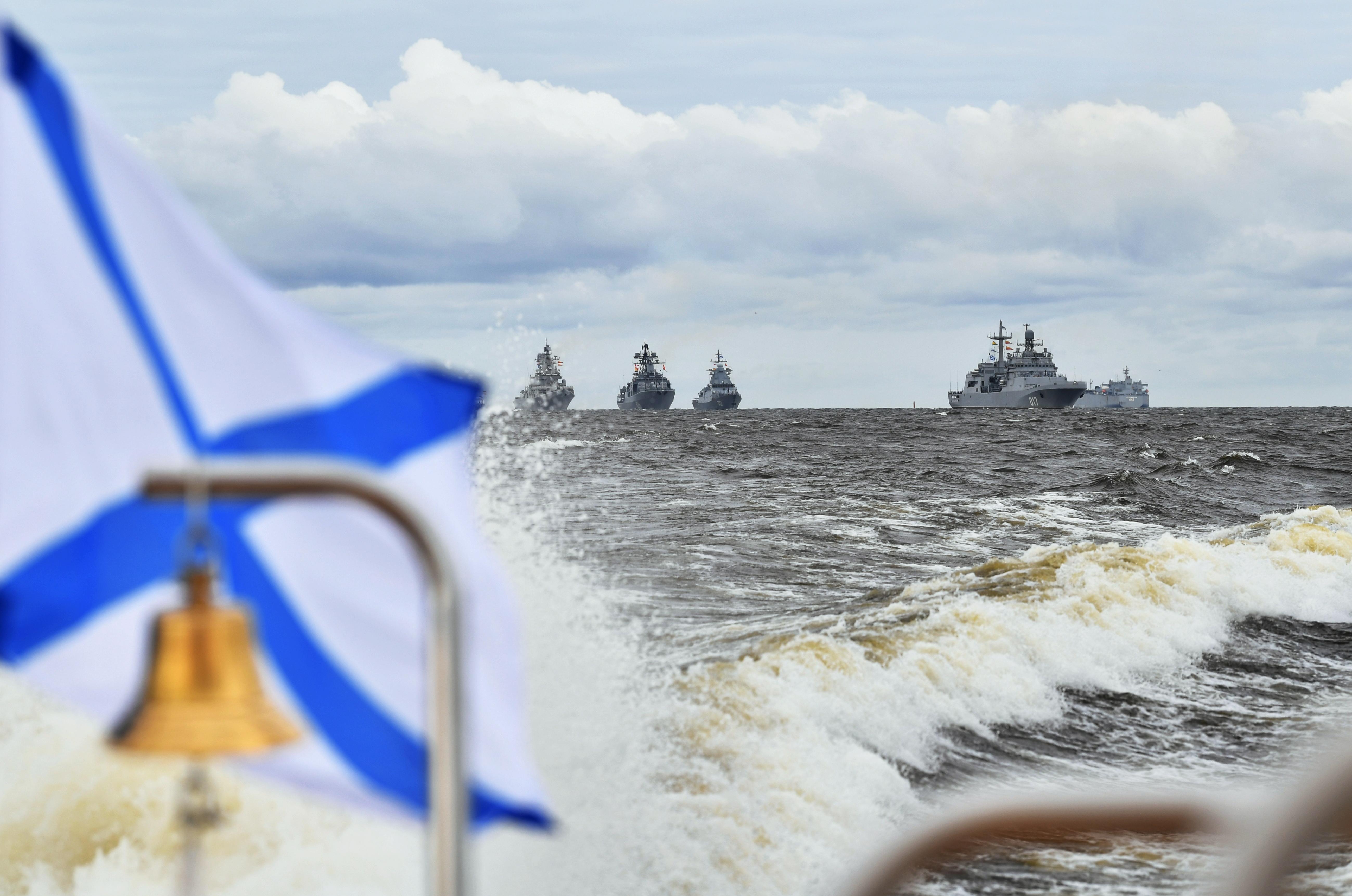 Russian Navy's warships are seen ready for the Navy Day parade in Saint Petersburg, Russia July 25, 2021. Sputnik/Aleksey Nikolskyi/Kremlin via REUTERS