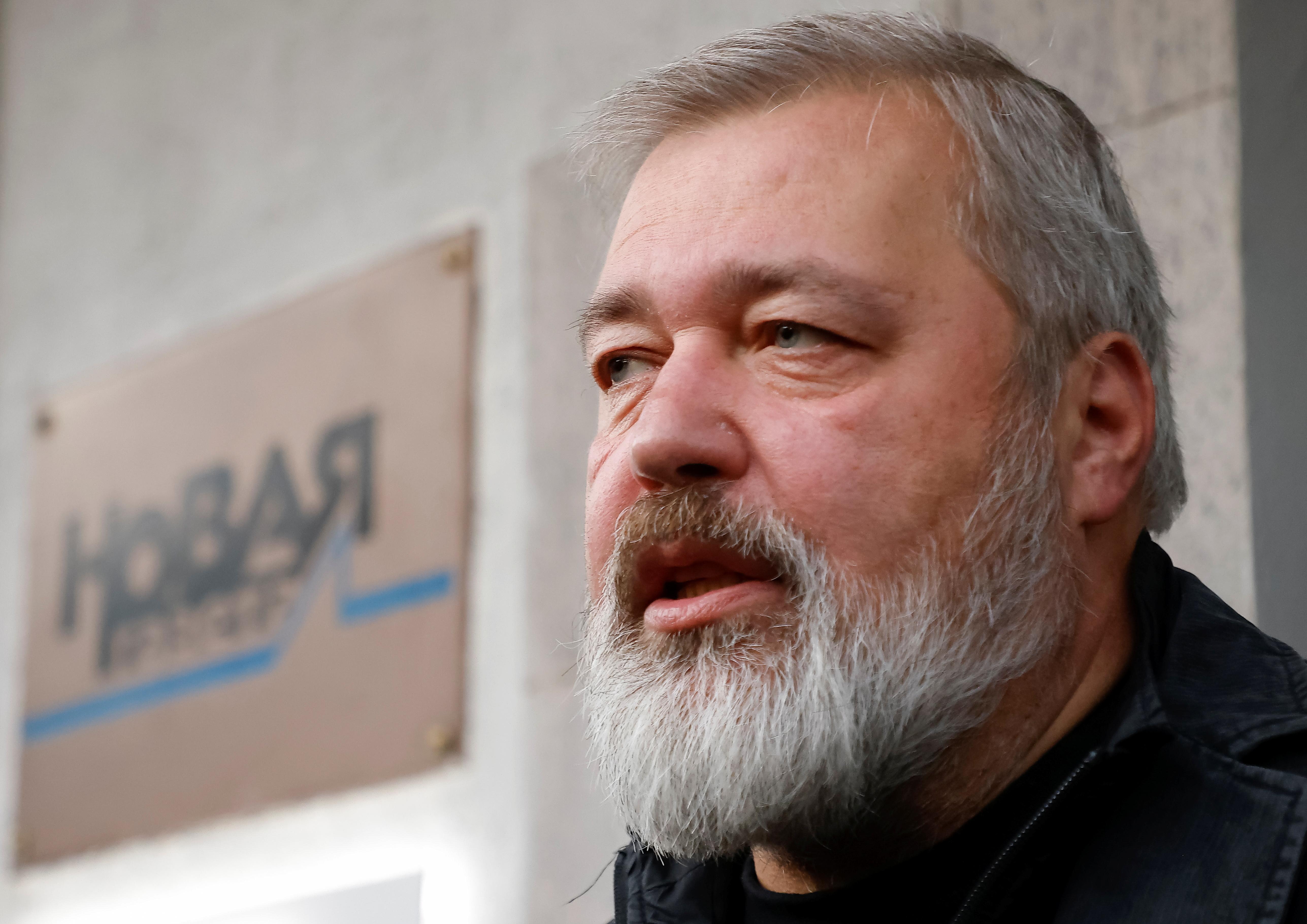 Russian investigative newspaper Novaya Gazeta's editor-in-chief Dmitry Muratov, one of 2021 Nobel Peace Prize winners, speaks with journalists in Moscow, Russia October 8, 2021.  REUTERS/Maxim Shemetov